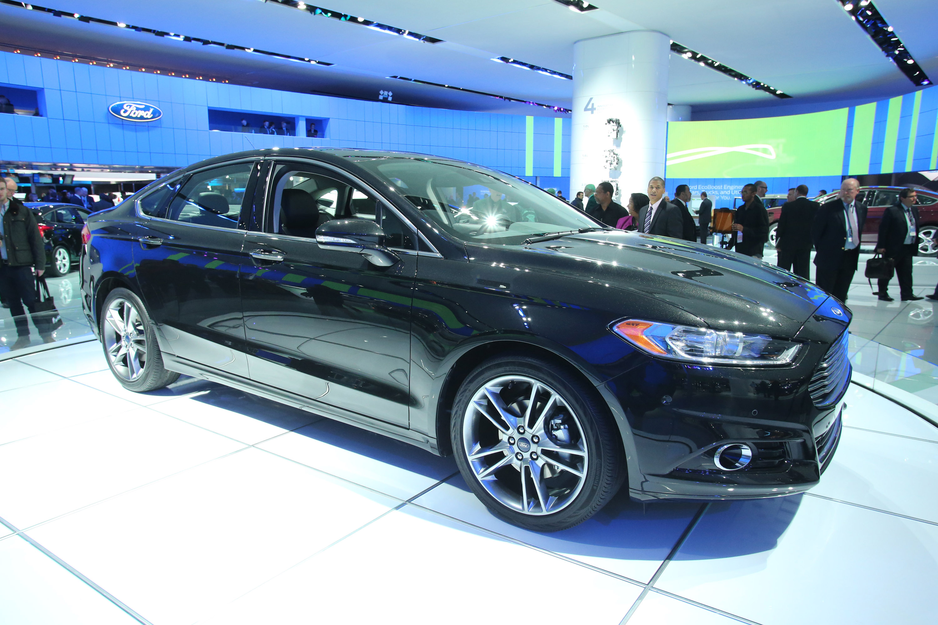 Ford Fusion EcoBoost Detroit 2013 Picture