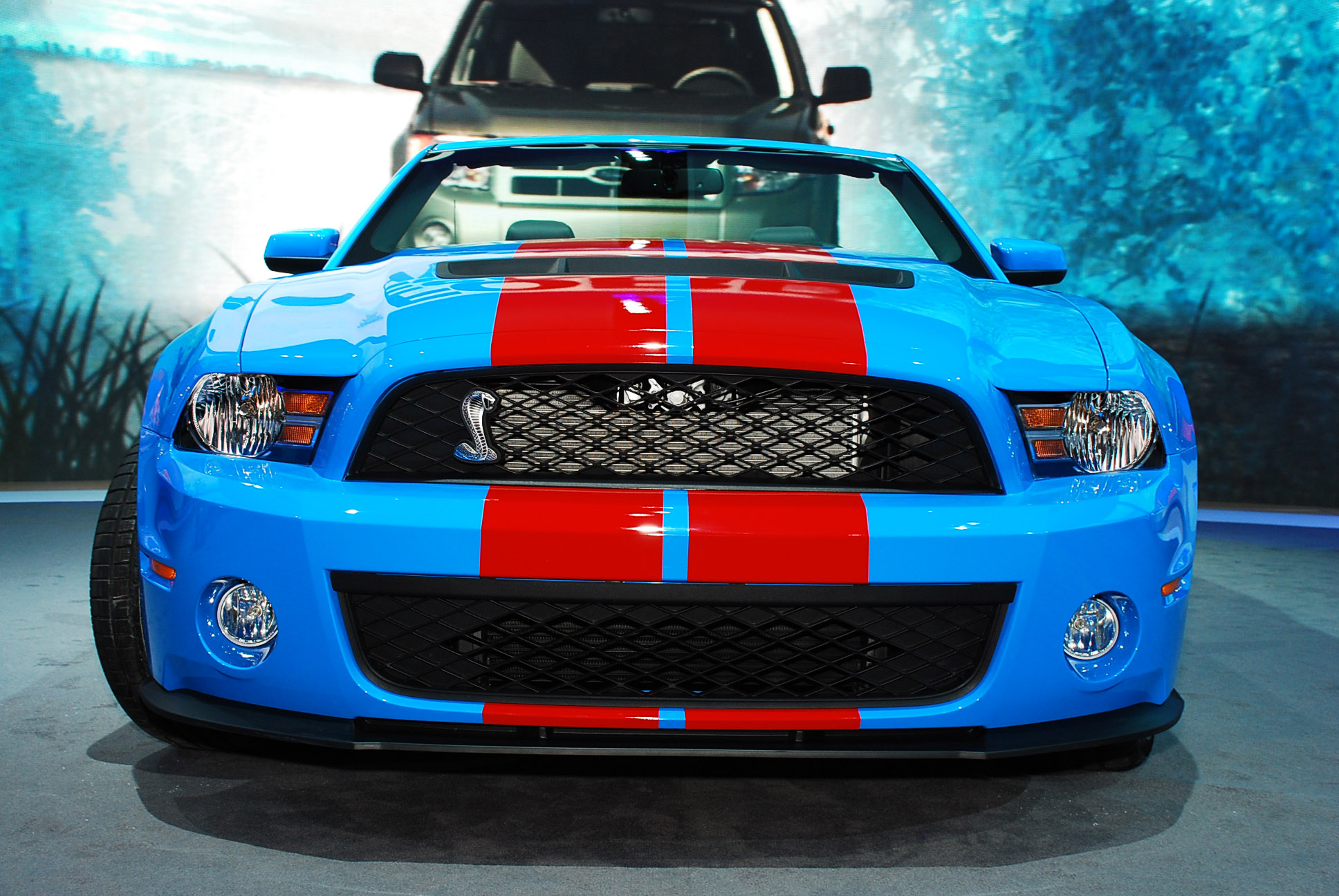 ford mustang shelby gt convertible detroit  picture