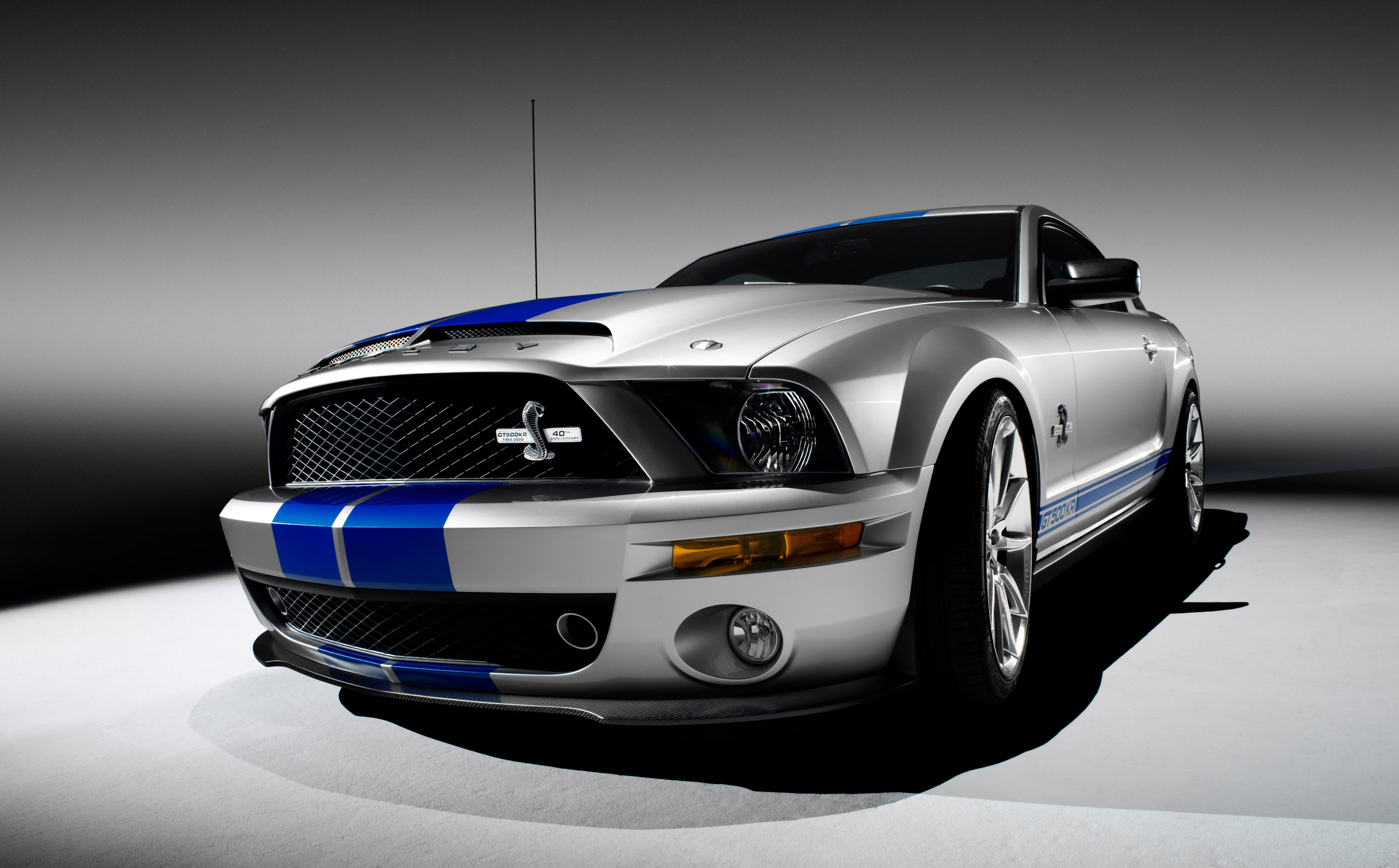 AMERICA\'S FAVORITE MUSCLE CAR HITS 9 MILLION MARK; SPECIAL MUSTANG ...