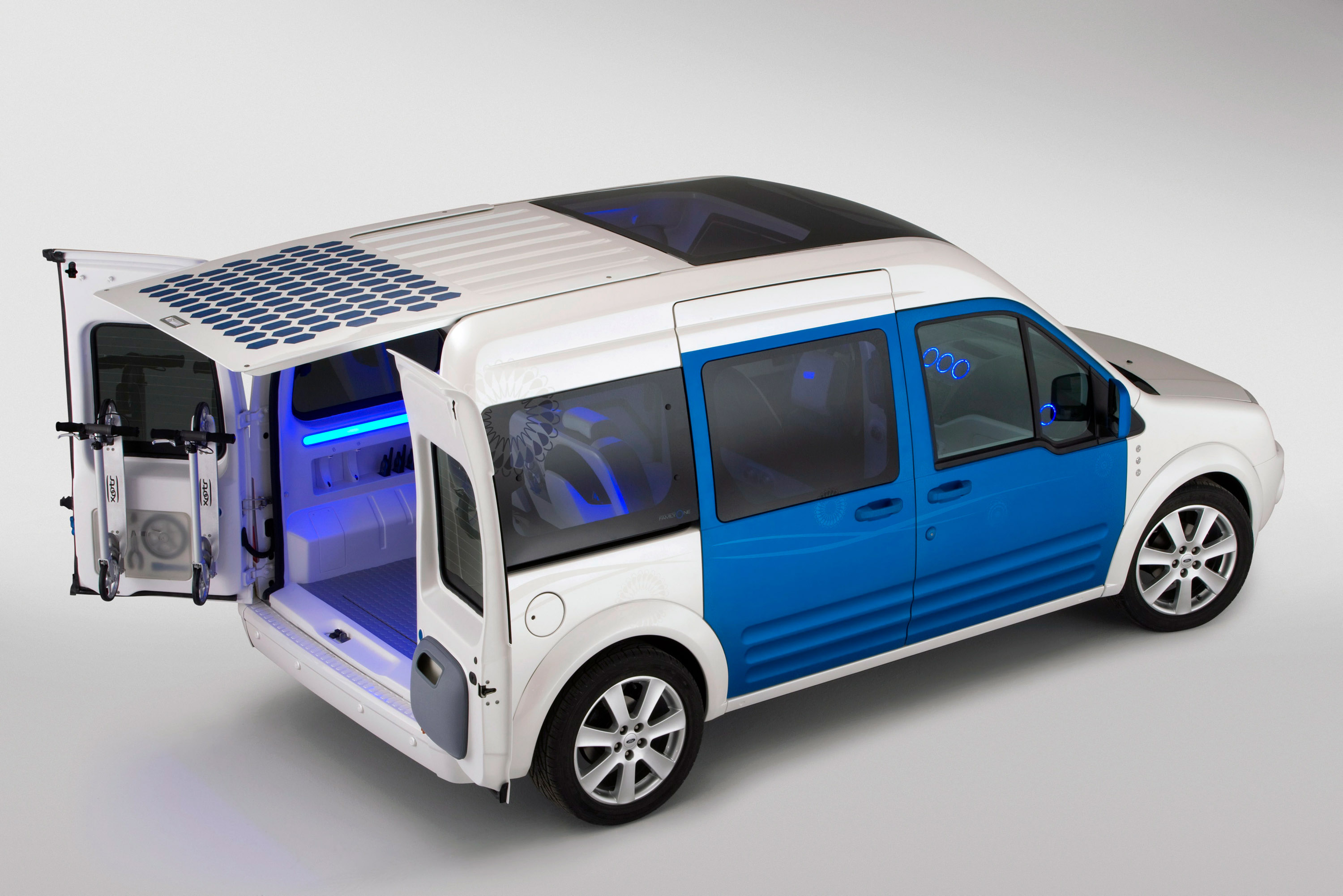 Ford Transit Connect Family One Concept - Picture 18656