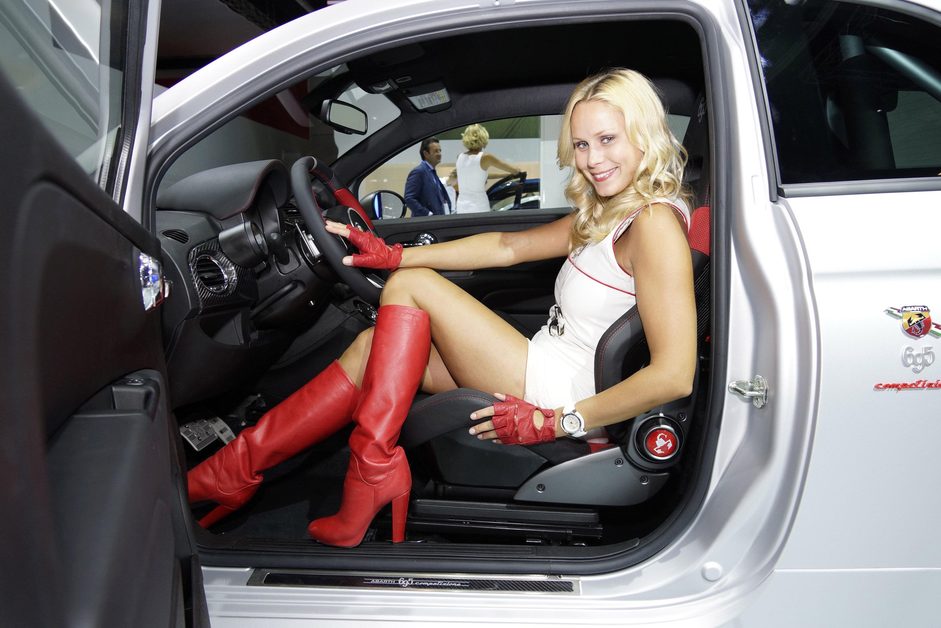 Frankfurt Motor Show Girls Picture 58747