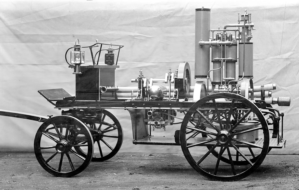 1888: Gottlieb Daimler files patent application for first gasoline ...