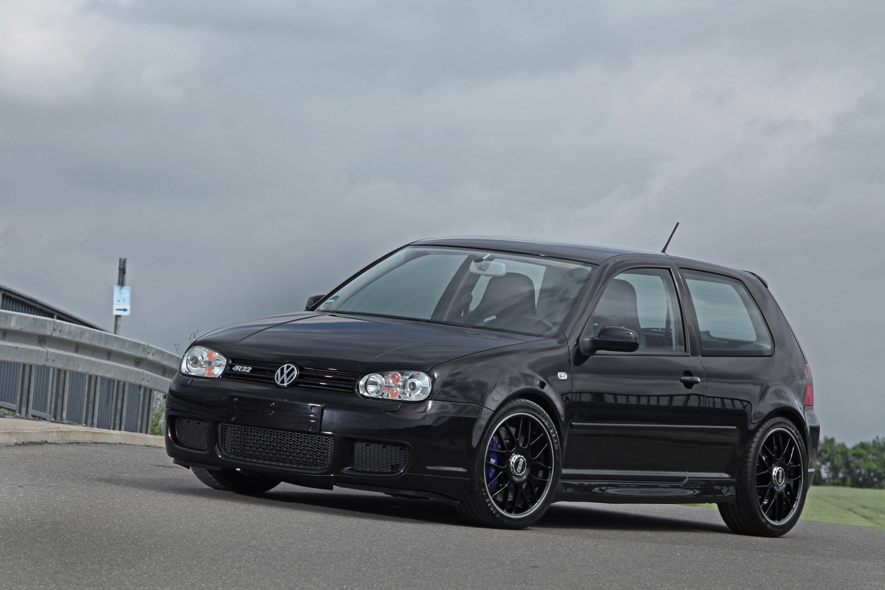 Volkswagen Golf Iv R32 By Hperformance 650hp