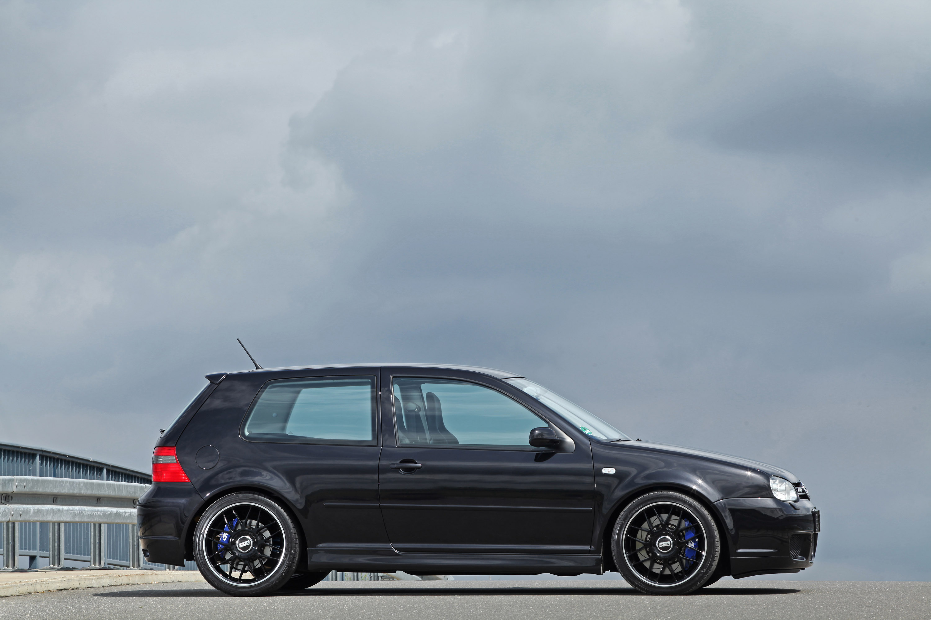volkswagen golf iv r32 by hperformance 650hp. Black Bedroom Furniture Sets. Home Design Ideas