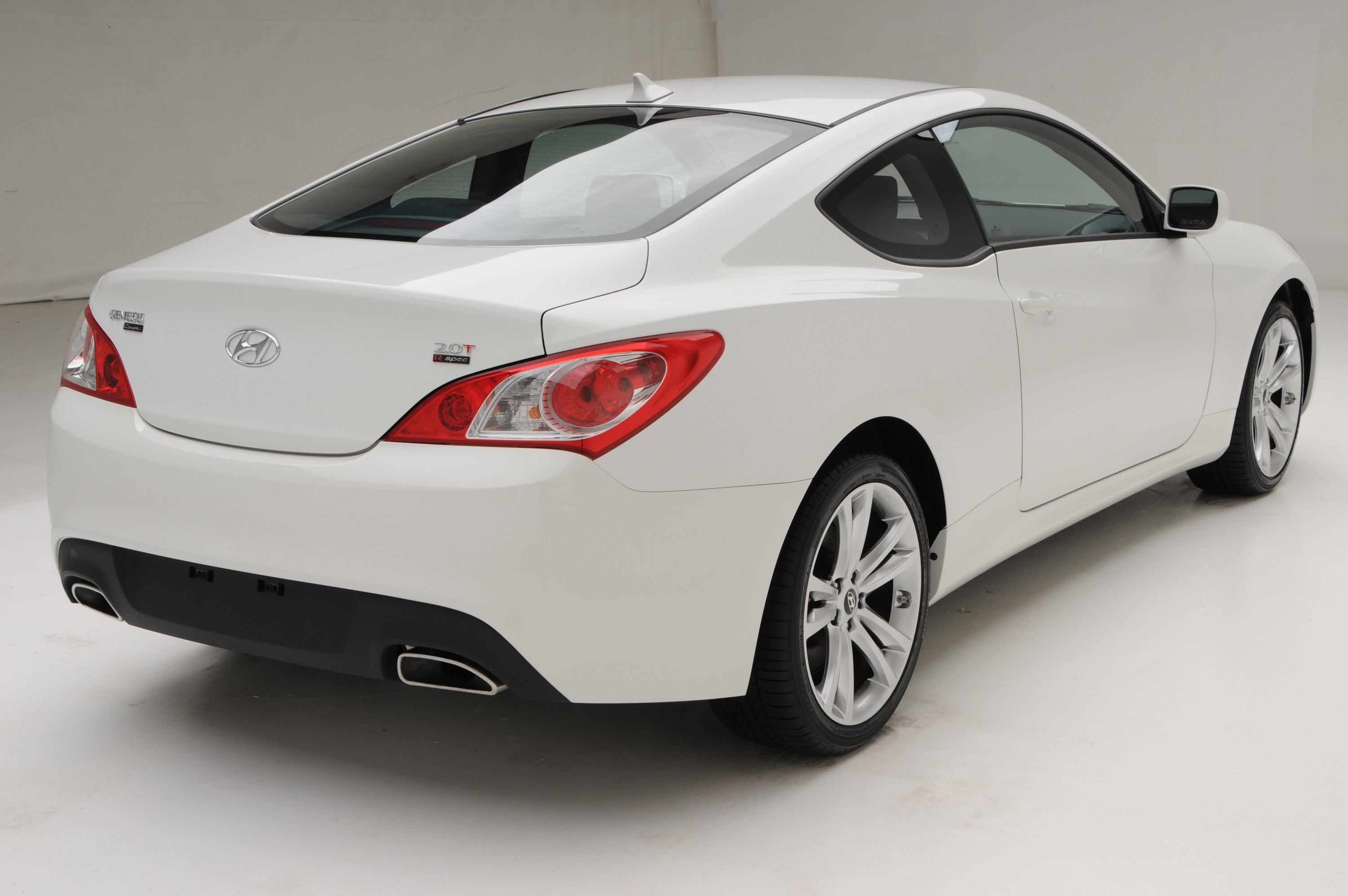 Genesis Coupe 2 0t >> 2011 Hyundai Genesis Coupe R Spec is now on sale in the USA