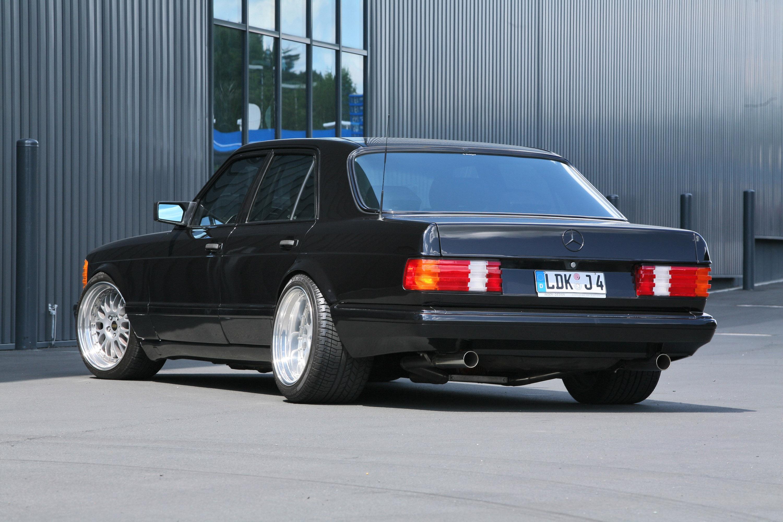 Inden design mercedes benz 560 se real gangster getaway car for Mercedes benz cool springs