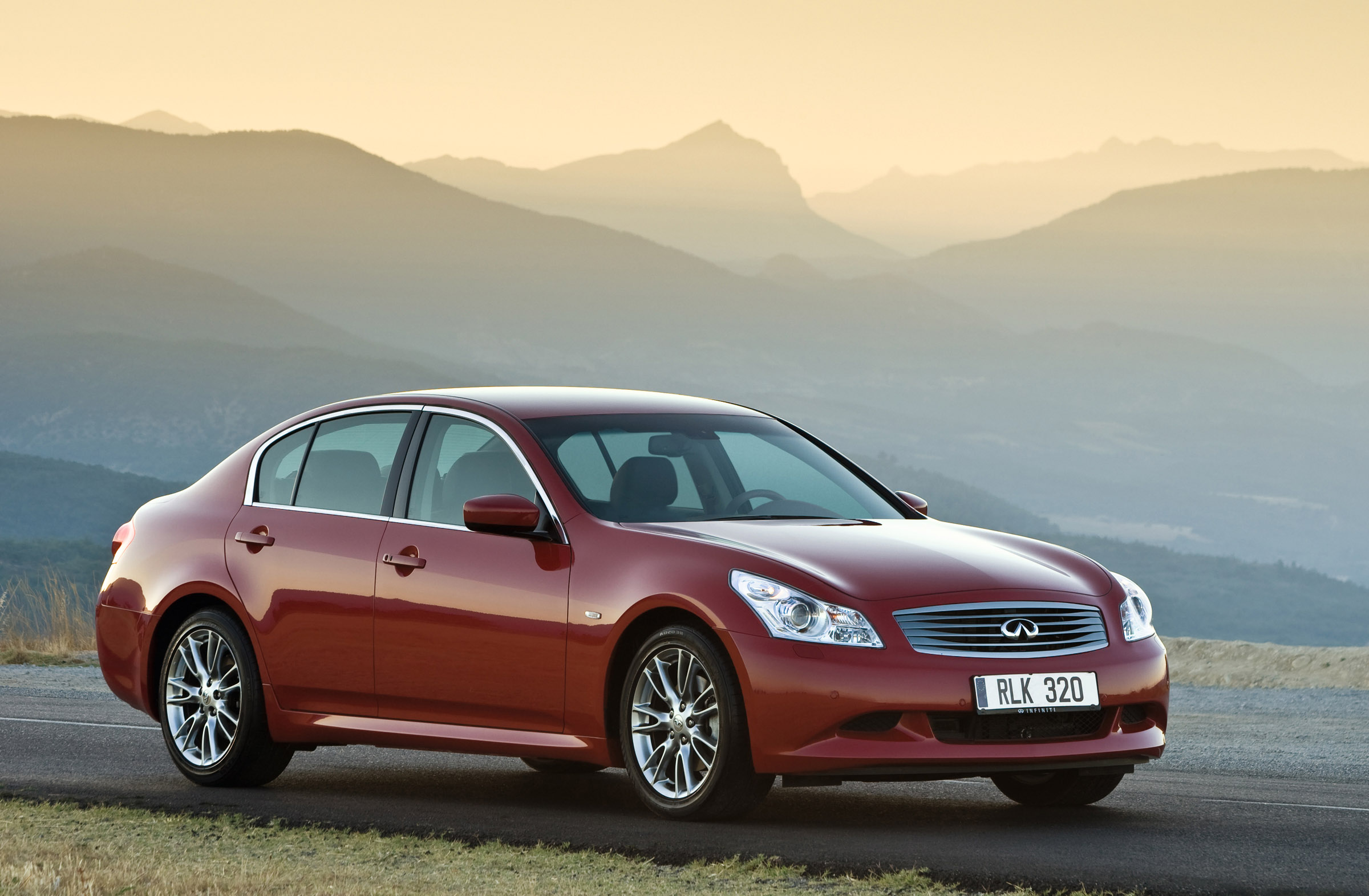 2009 infiniti g37 coupe reviews ratings yahoo autos. Black Bedroom Furniture Sets. Home Design Ideas