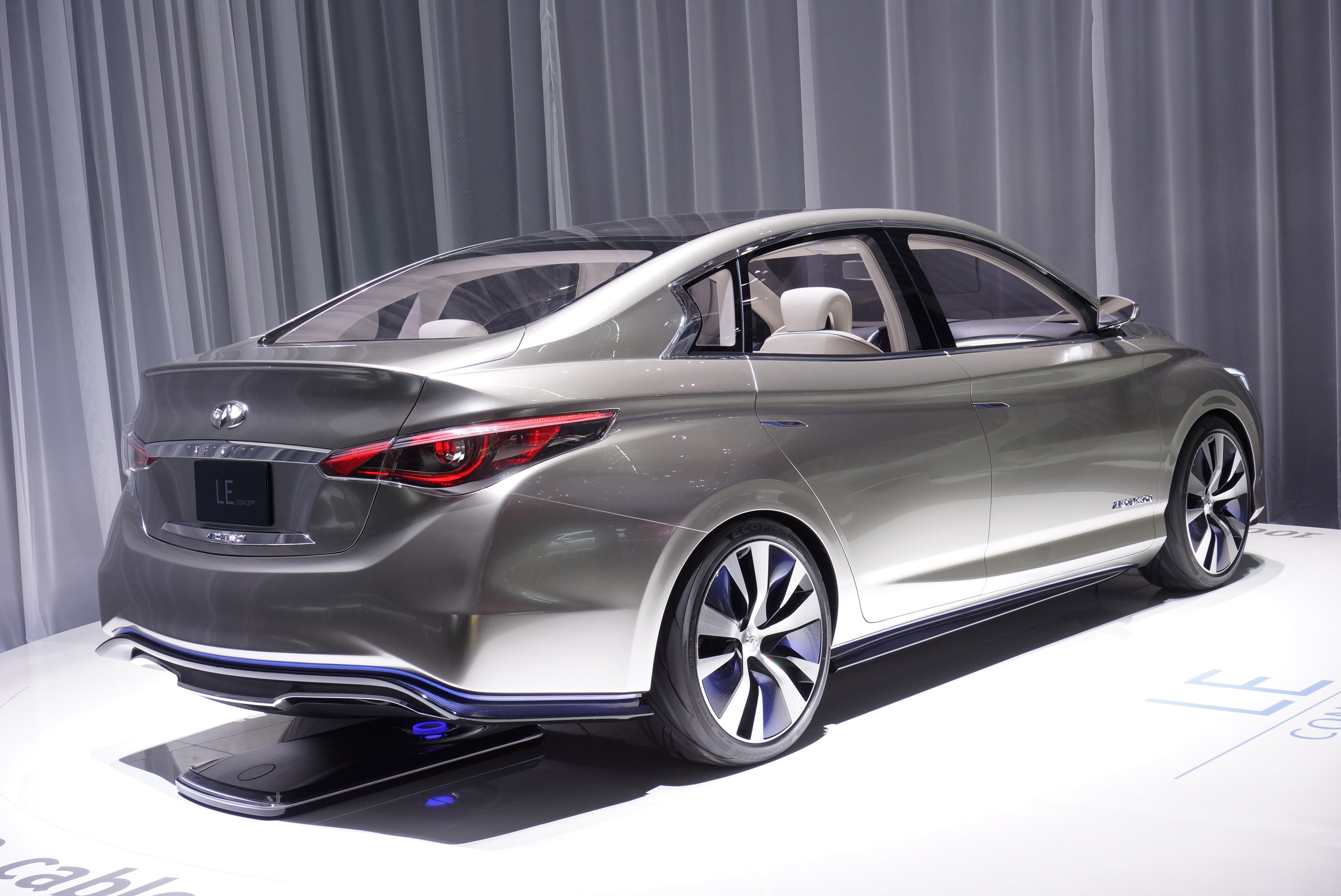 Byd car pictures 8 byd hd wallpapers infiniti le concept geneva 2013 vanachro Image collections