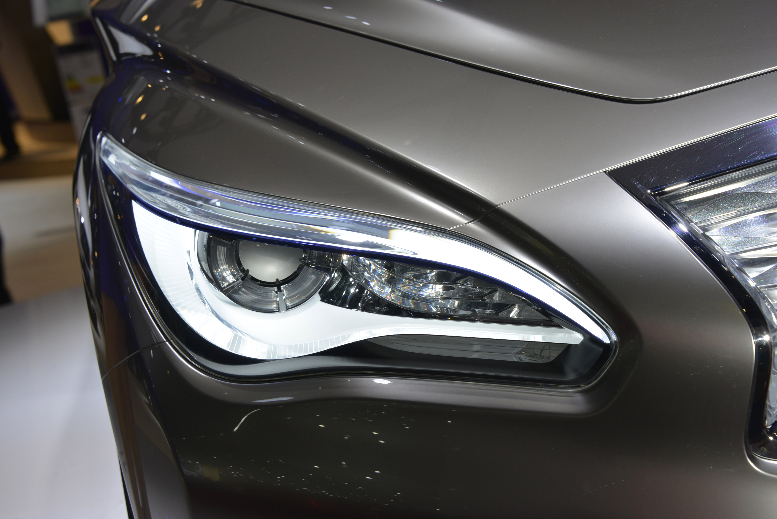 Infiniti le concept paris 2012 hd pictures automobilesreview thumbnail image 5 of this gallery vanachro Image collections