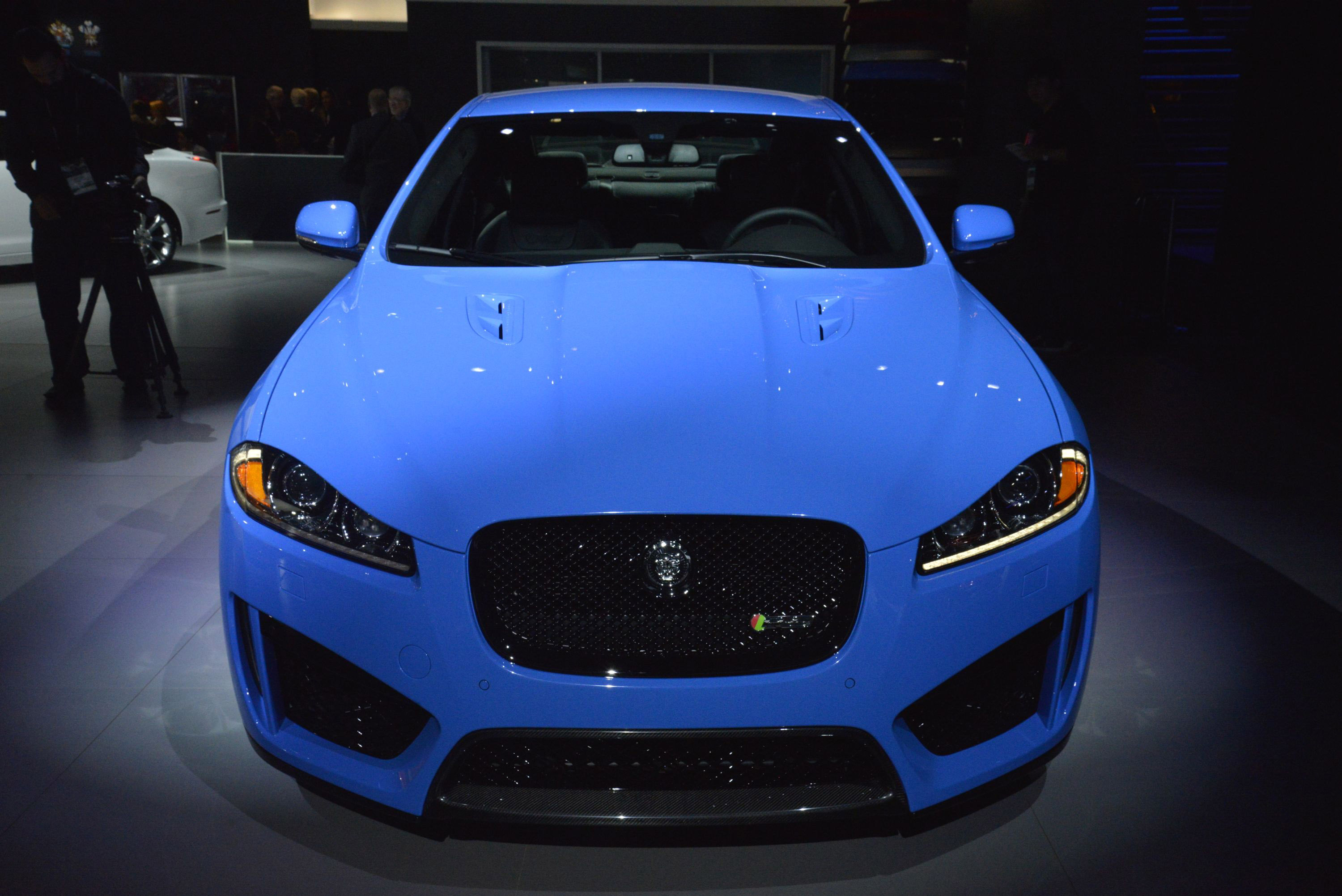 ev angeles waiting jaguar car photo s and pace feature photos info i original features is worth dealership a for the driver news los f
