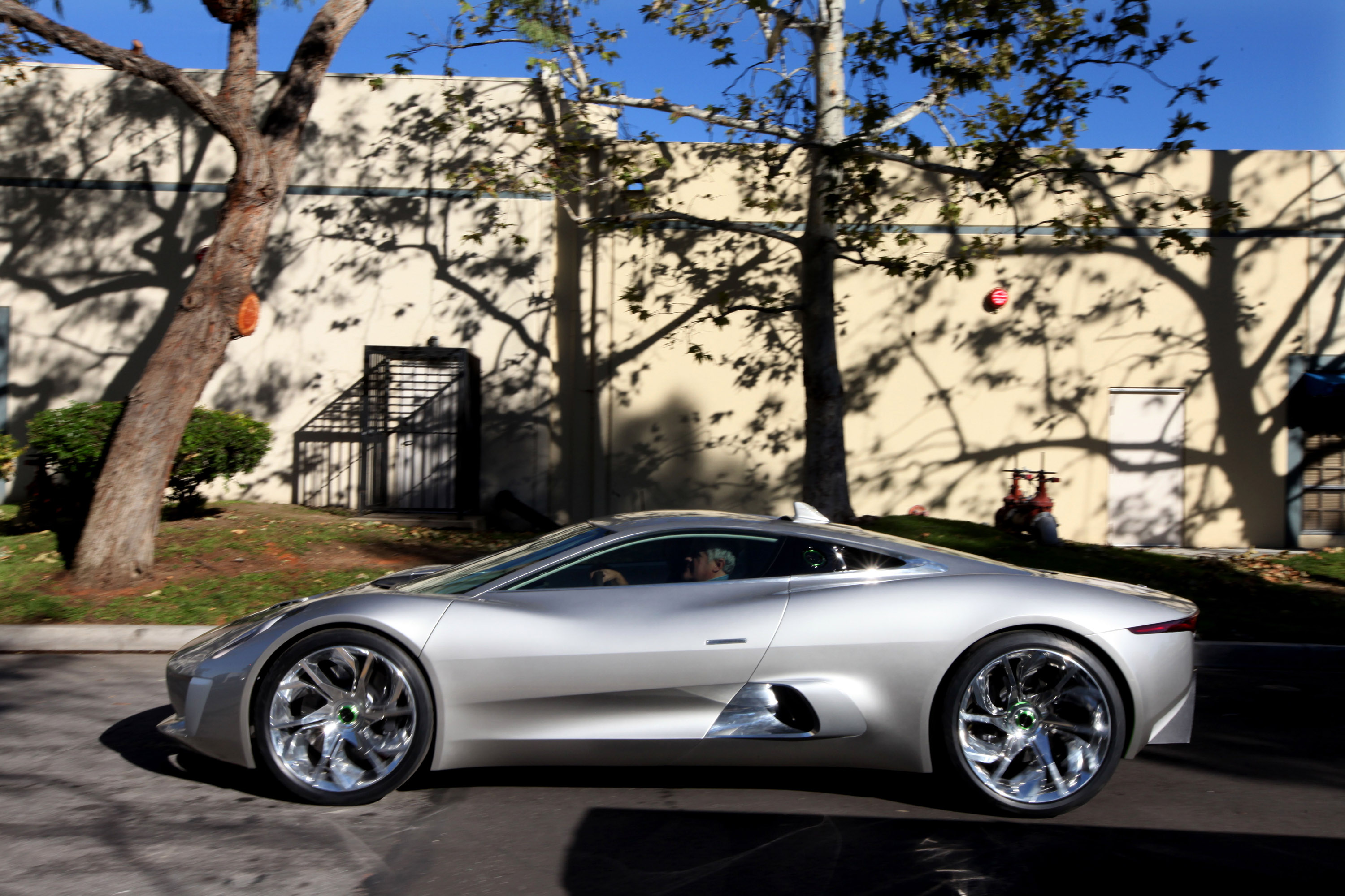 Jay Leno Reviews The Jaguar C X75 Concept Supercar