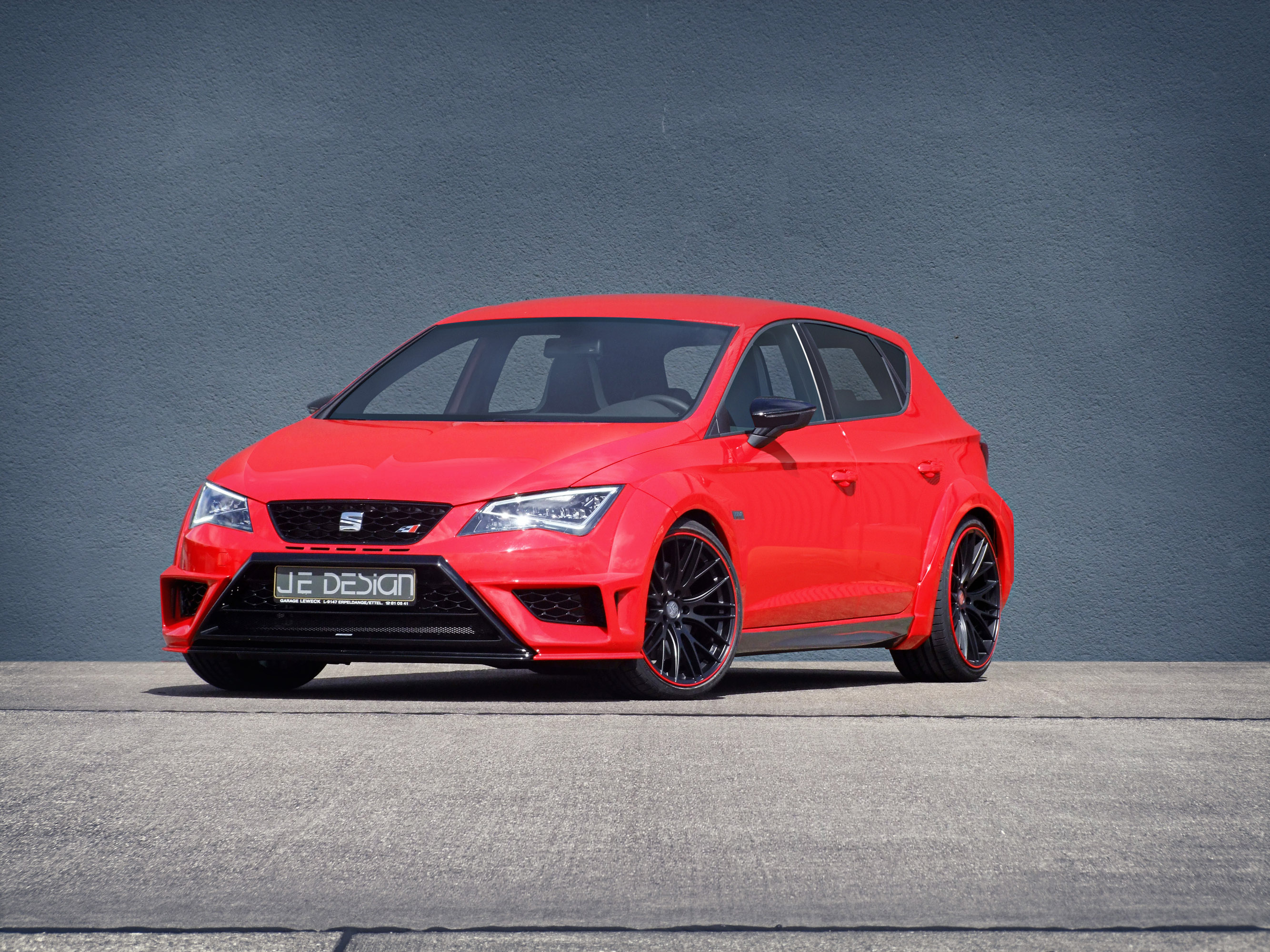 je design presents their widebody kit for the seat leon cupra. Black Bedroom Furniture Sets. Home Design Ideas