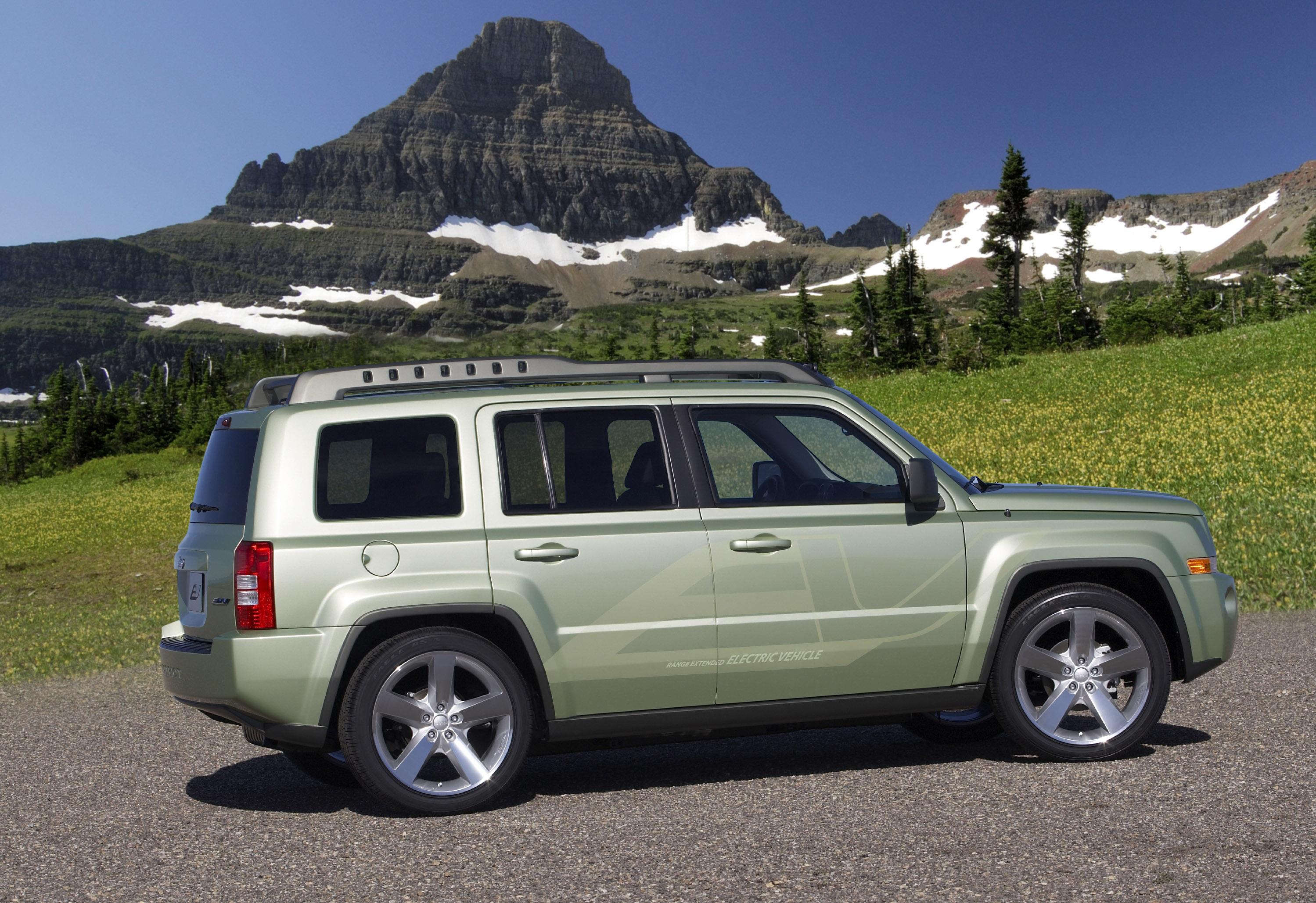 Jeep® Patriot EV