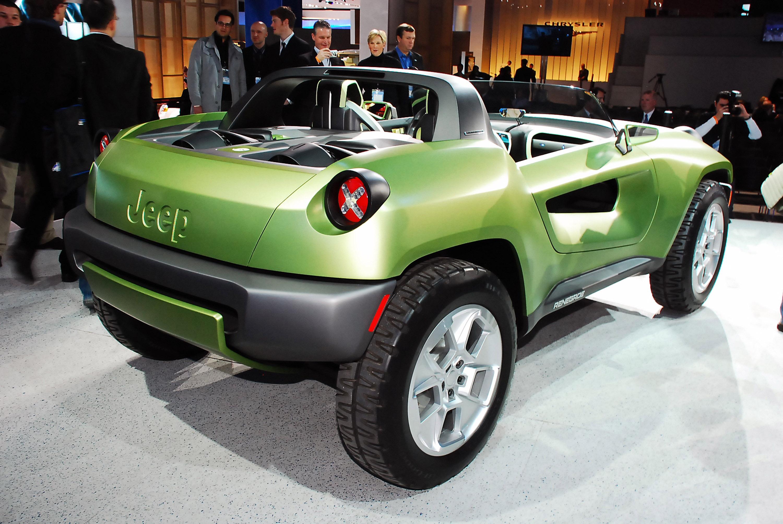 bentley continental gtc convertible  bentley mulsanne   qatar international motor show