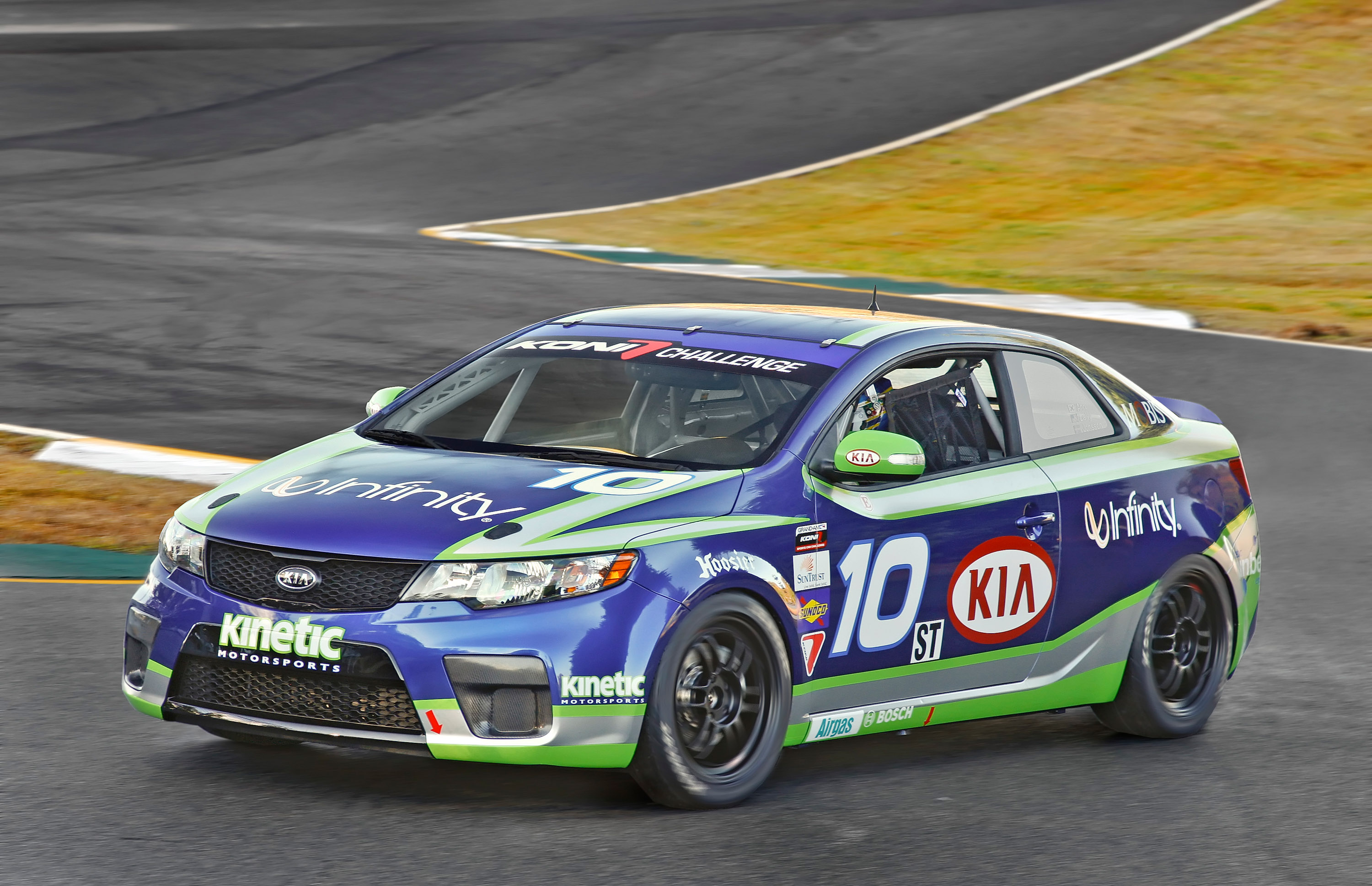 Kia Forte Koup Grand Am Race Car Picture 30681