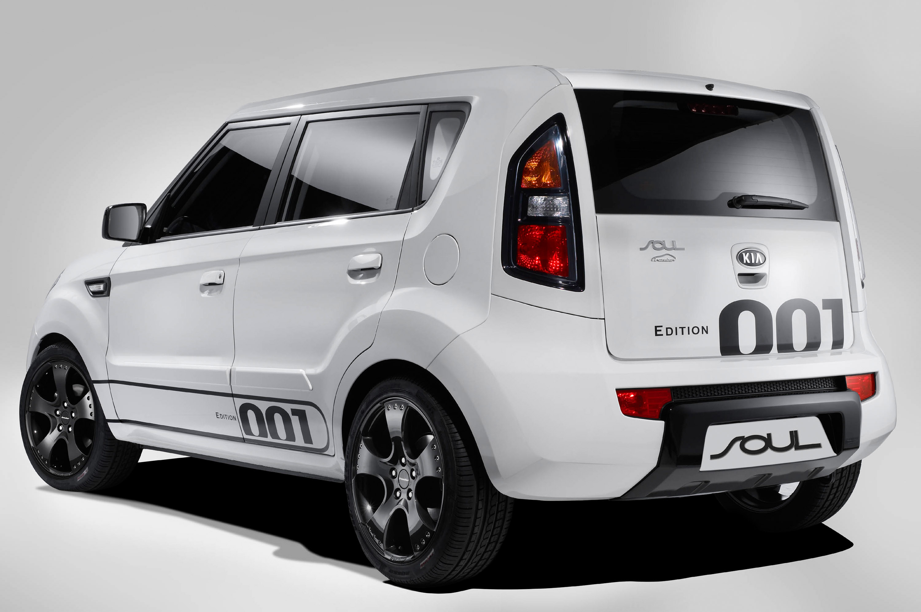 Kia Soul Irmscher Edition 001 Pure Royal Ness