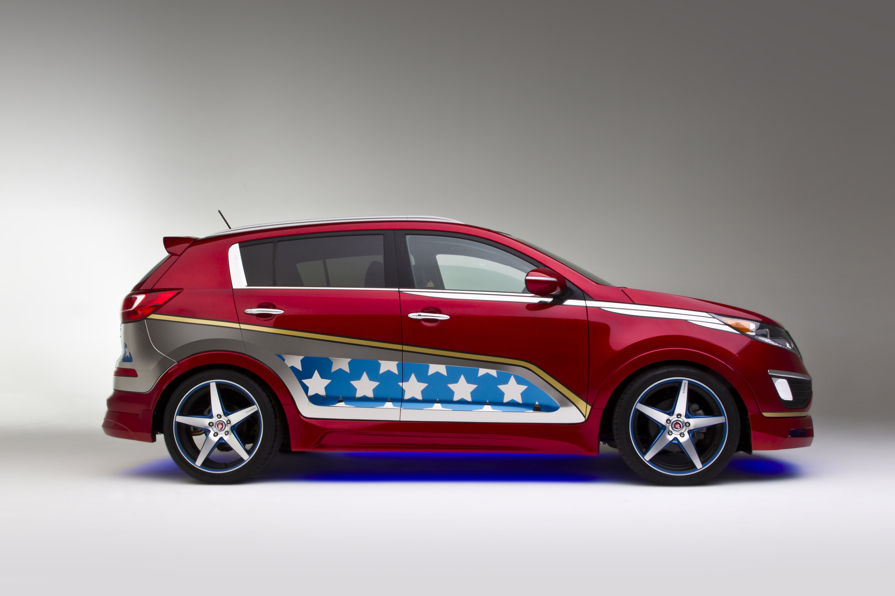 Wonder Woman Kia Sportage Adds To The We Can Be Heroes