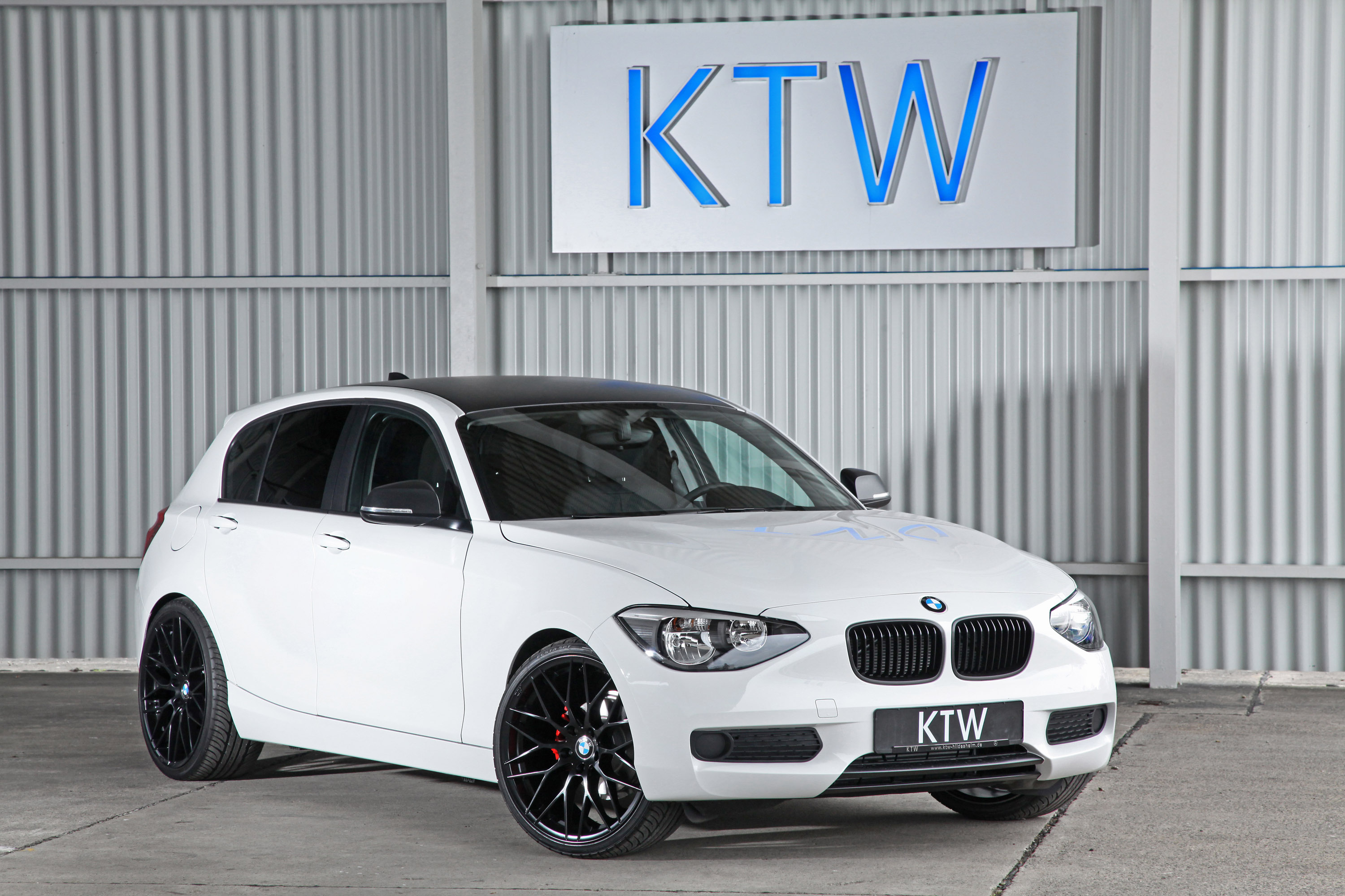 Ktw Bmw 1 Series Black Amp White