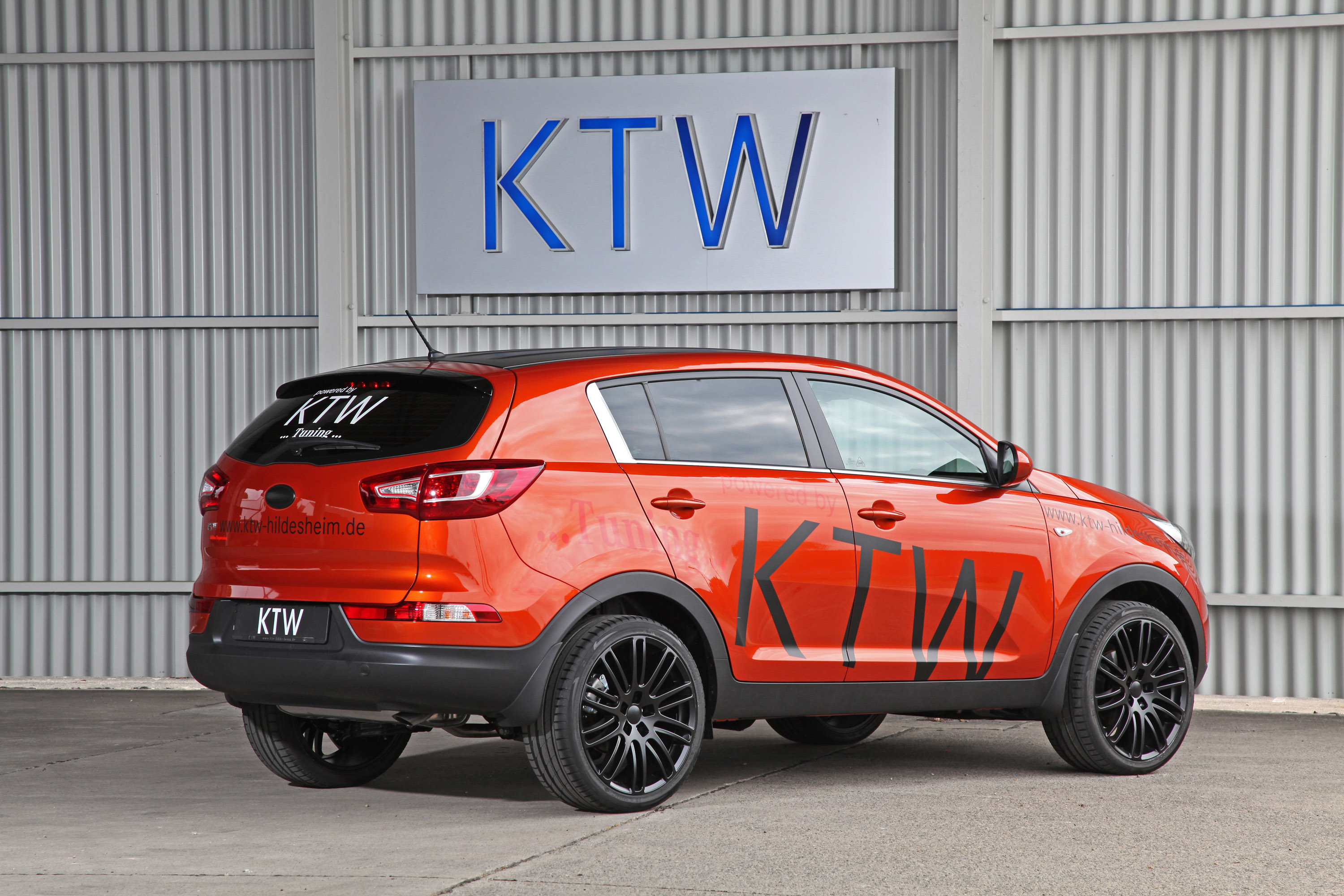 ktw tuning gives new look to kia sportage. Black Bedroom Furniture Sets. Home Design Ideas