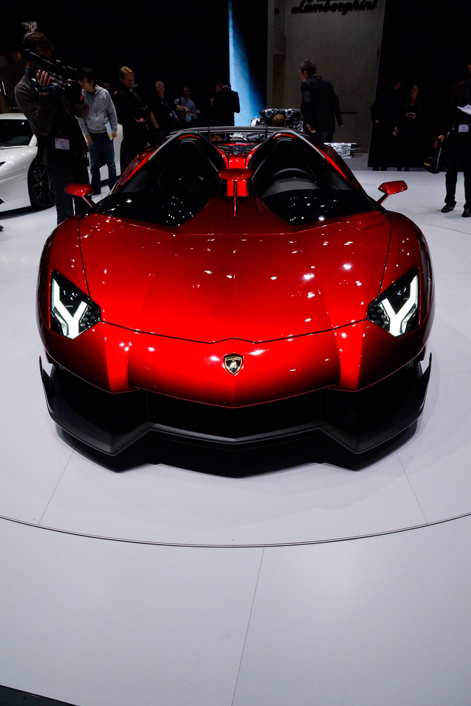 Lamborghini Aventador J [HD video] on lamborghini cars 2030, lamborghini diablo 2030, lamborghini gallardo 2030, lamborghini concept 2030,