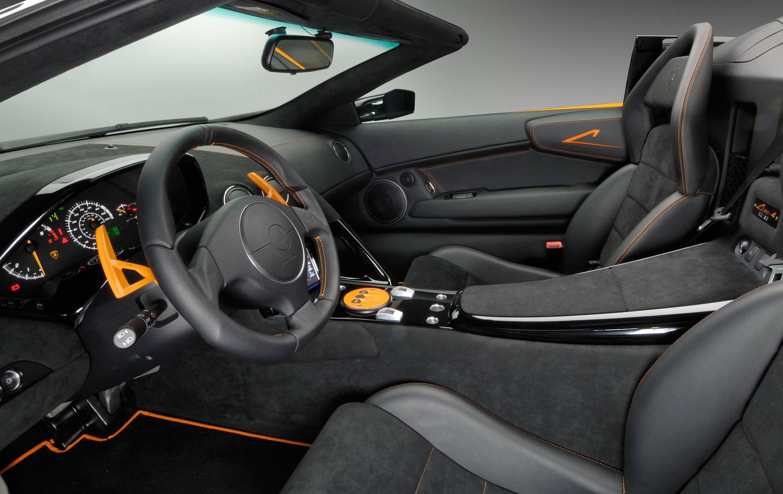 Http://www.automobilesreview.com/gal...oadster 03
