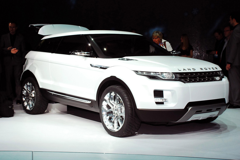 https://www.automobilesreview.com/gallery/land-rover-lrx-concept-detroit-2008/land-rover-lrx-concept-detroit-2008-01.jpg