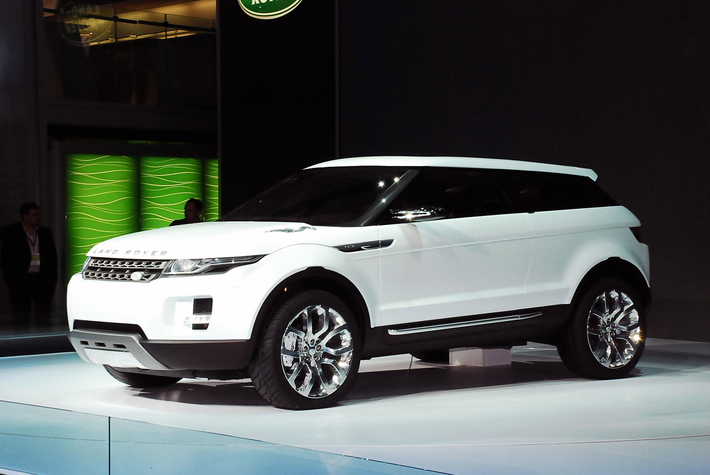https://www.automobilesreview.com/gallery/land-rover-lrx-concept-detroit-2008/land-rover-lrx-concept-detroit-2008-06.jpg