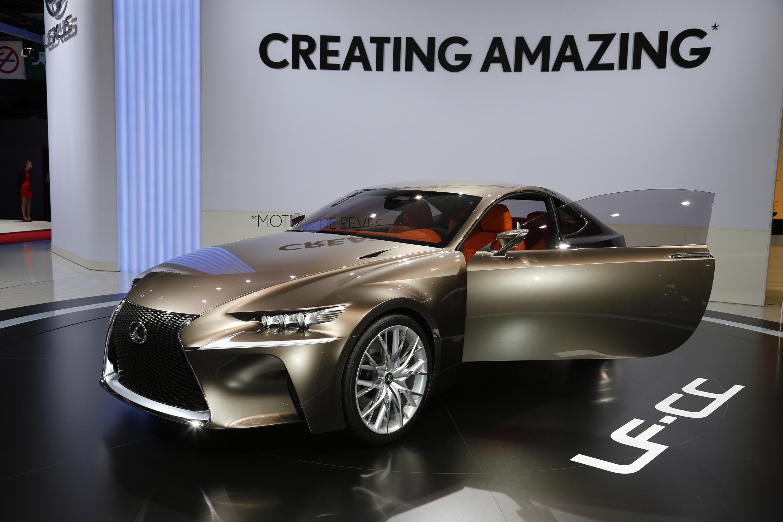 https://www.automobilesreview.com/gallery/lexus-lf-cc-paris-2012/lexus-lf-cc-paris-2012-04.jpg