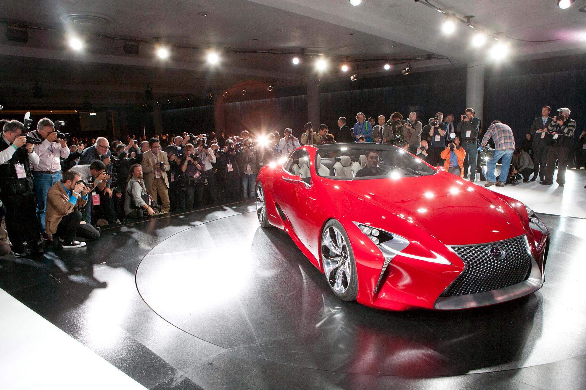 https://www.automobilesreview.com/gallery/lexus-lf-lc-hybrid-concept-detroit-2012/lexus-lf-lc-hybrid-concept-detroit-2012-06.jpg