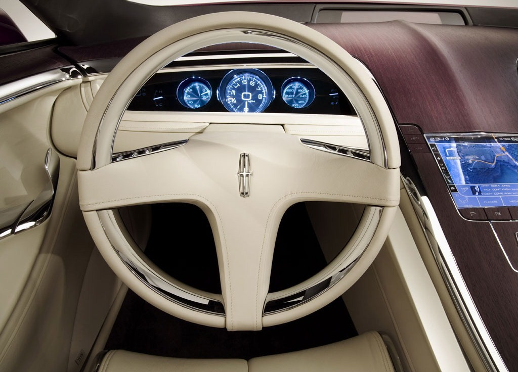 https://www.automobilesreview.com/gallery/lincoln-mkr-concept/lincoln-mkr-concept-09.jpg