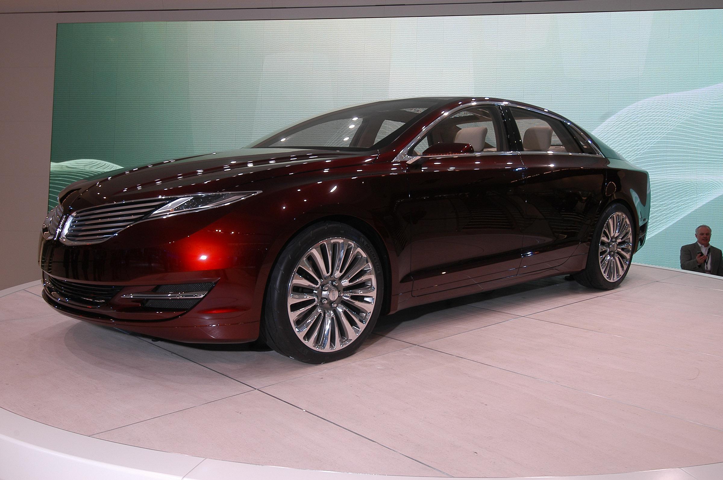 https://www.automobilesreview.com/gallery/lincoln-mkz-concept-detroit-2012/lincoln-mkz-concept-detroit-2012-02.jpg