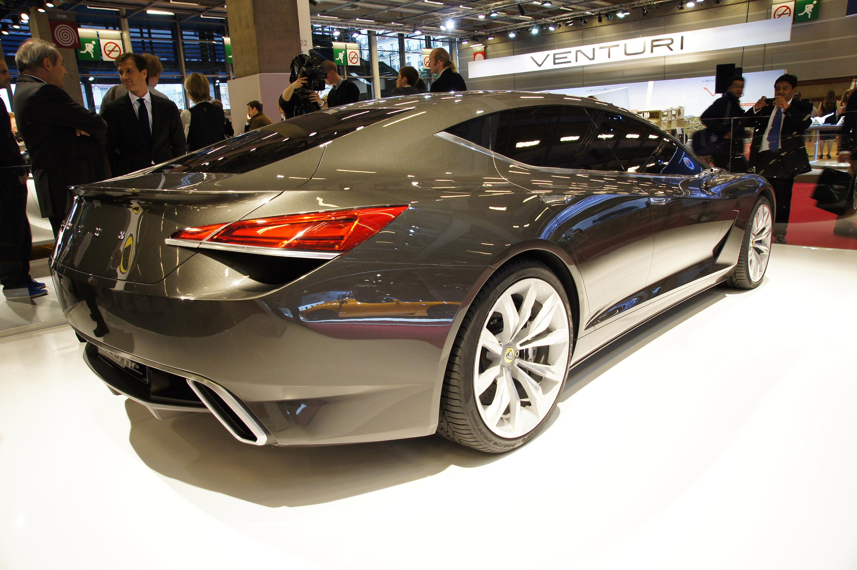 lotus eterne at the motor show in paris - based on 2014 elite
