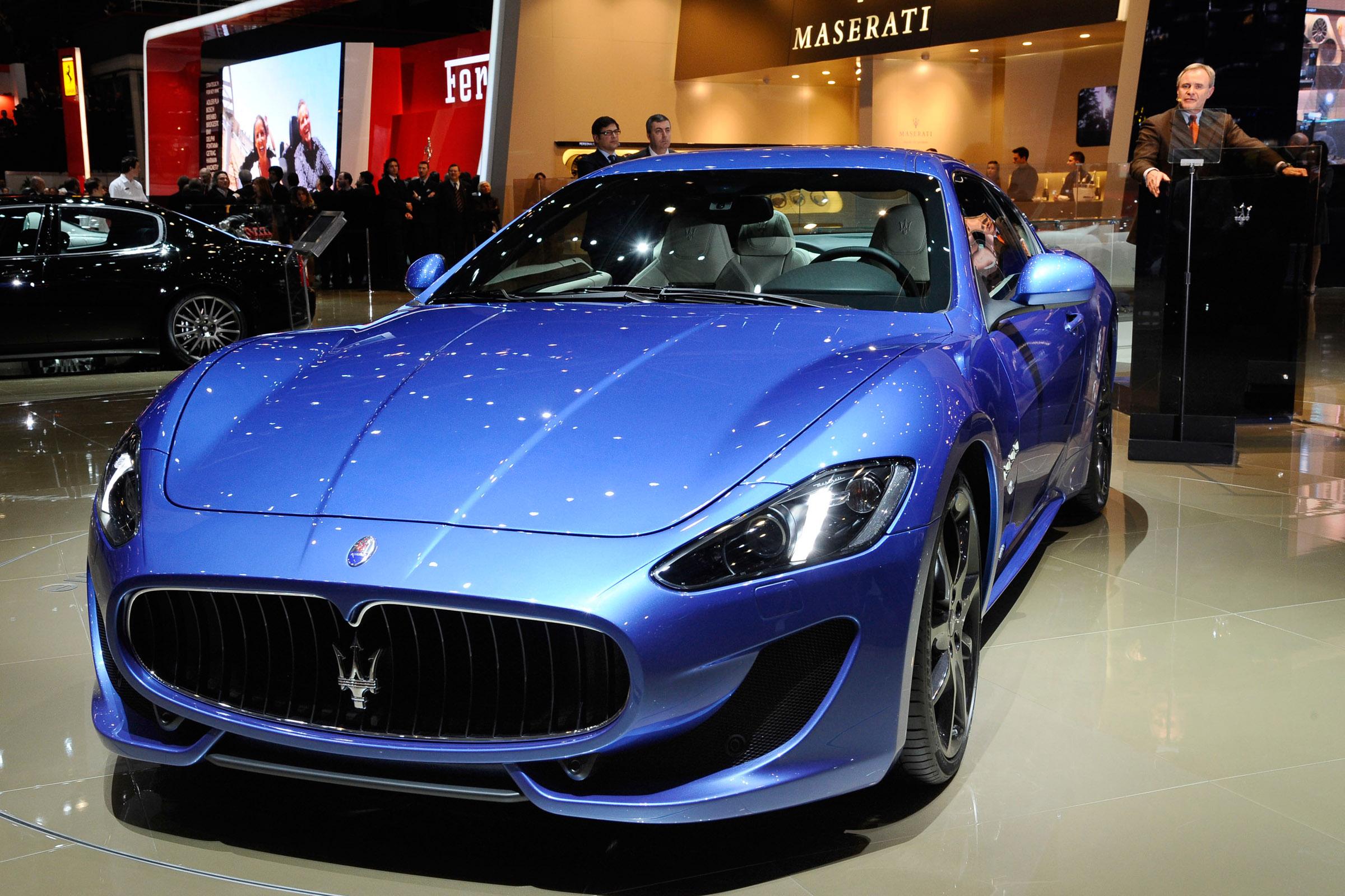 https://www.automobilesreview.com/gallery/maserati-granturismo-sport-geneva-2012/maserati-granturismo-sport-geneva-2012-04.jpg