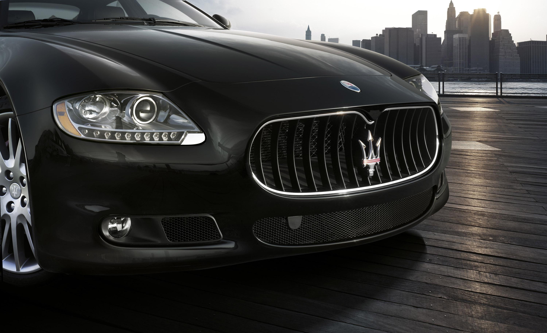 https://www.automobilesreview.com/gallery/maserati-quattroporte-sport-gts/maserati-quattroporte-sport-gts-05.jpg