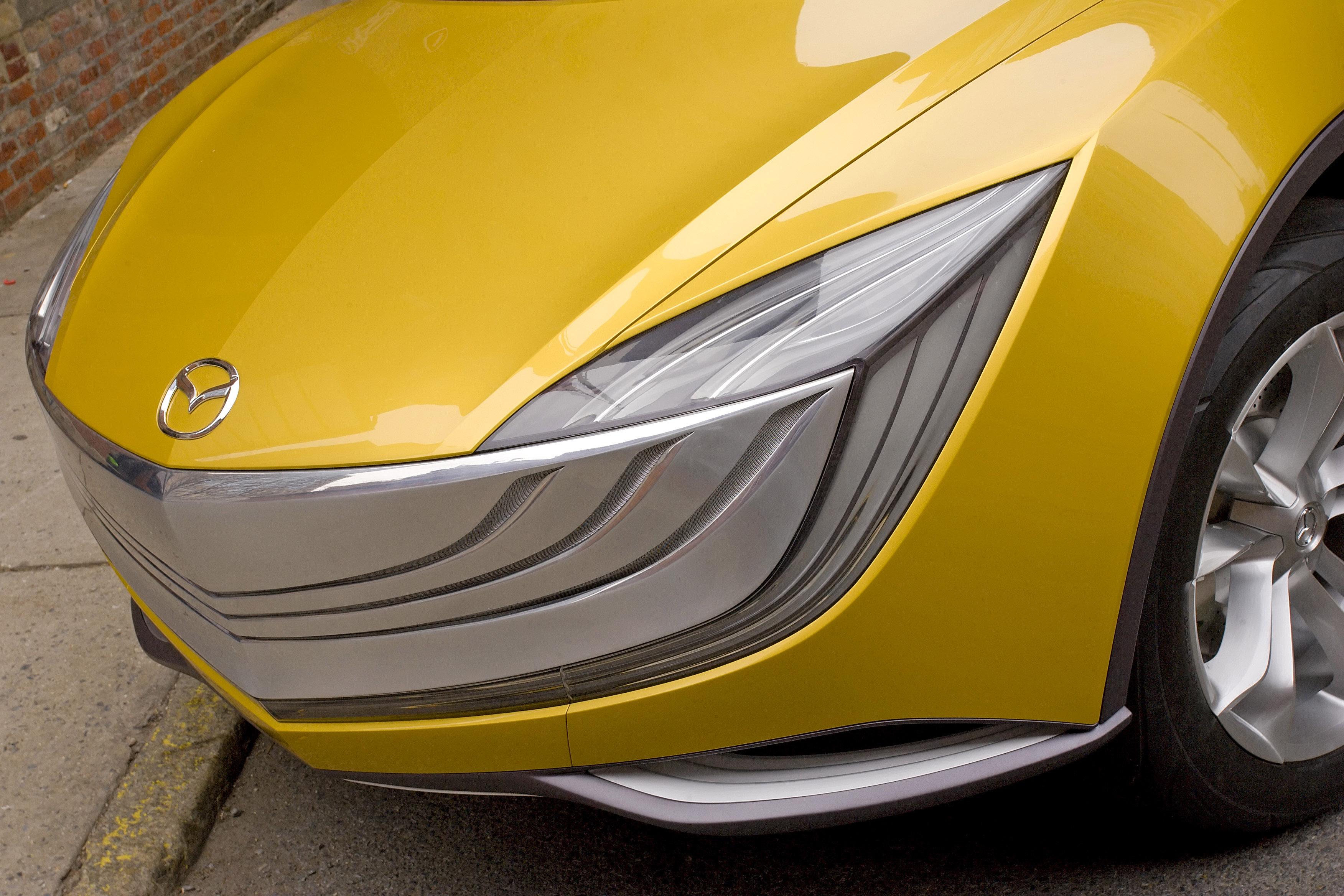 https://www.automobilesreview.com/gallery/mazda-hakaze-concept/mazda-hakaze-concept-08.jpg