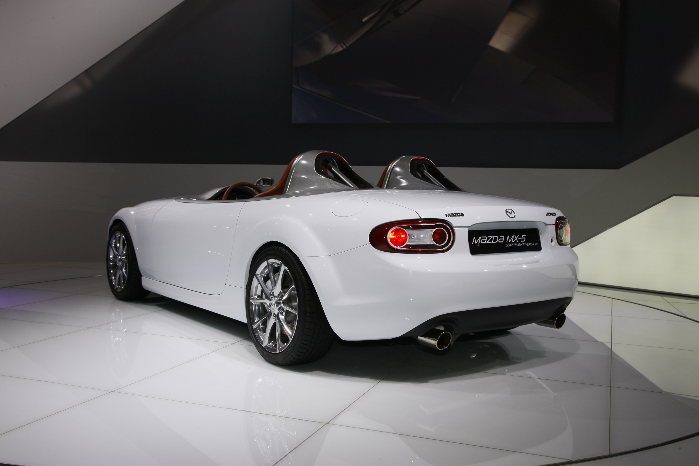 https://www.automobilesreview.com/gallery/mazda-mx-5-superlight-frankfurt-2009/mazda-mx-5-superlight-frankfurt-2009-03.jpg