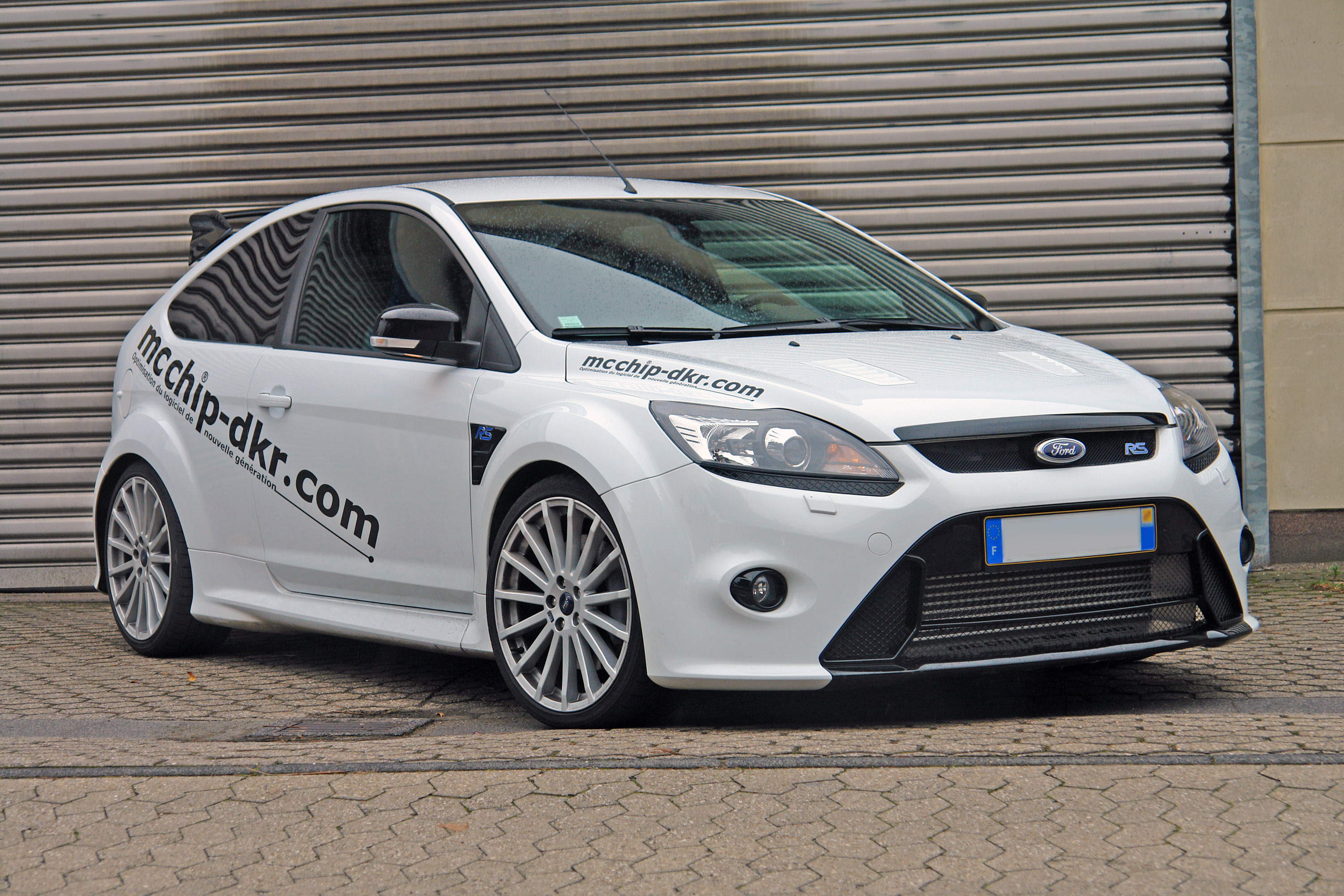 Focus Rs Hp >> Mcchip Dkr Offers Ford Focus Rs With 401 Hp