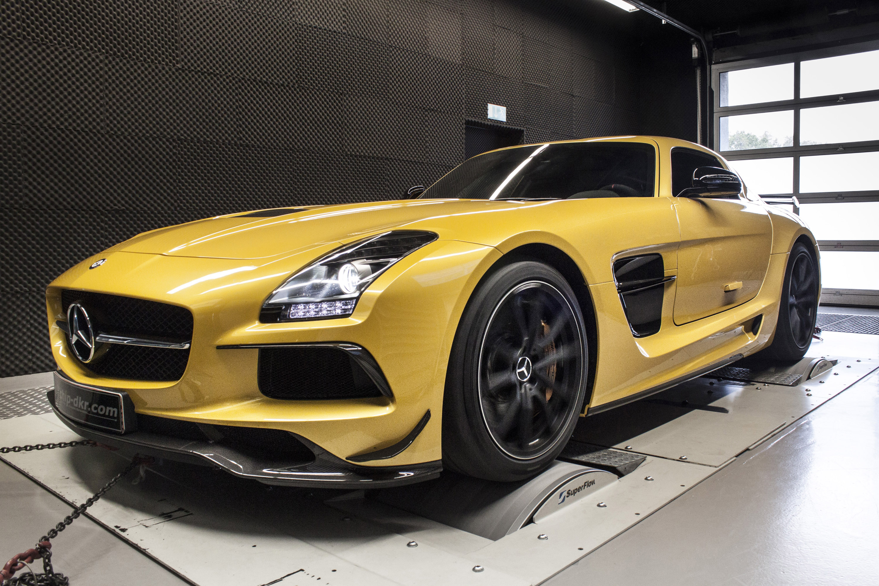Mercedes-Benz SLS 6.3 AMG Black Series Powered-Up By Mcchip-