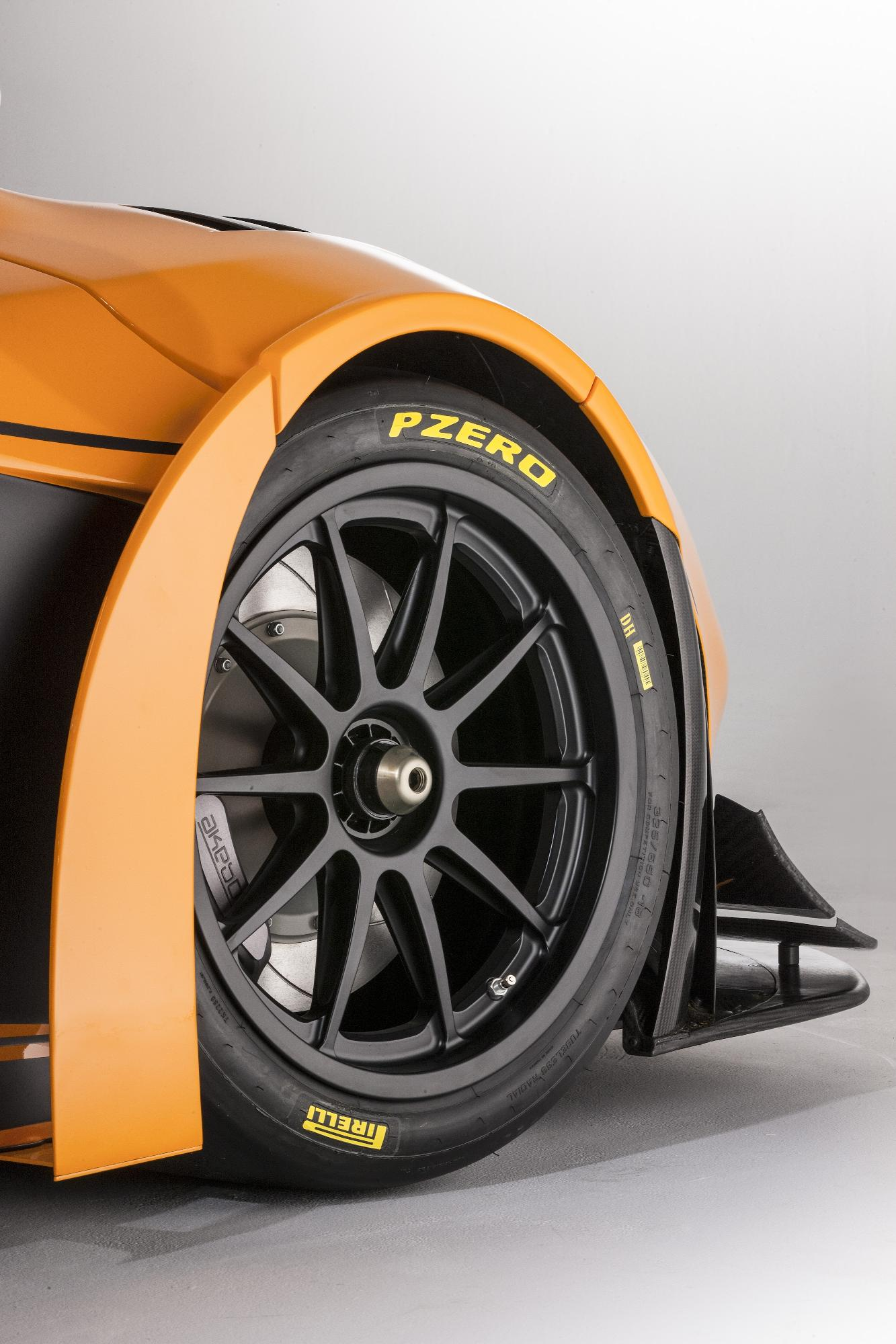https://www.automobilesreview.com/gallery/mclaren-12c-can-am-edition-racing-concept/mclaren-12c-can-am-edition-racing-concept-12.jpg