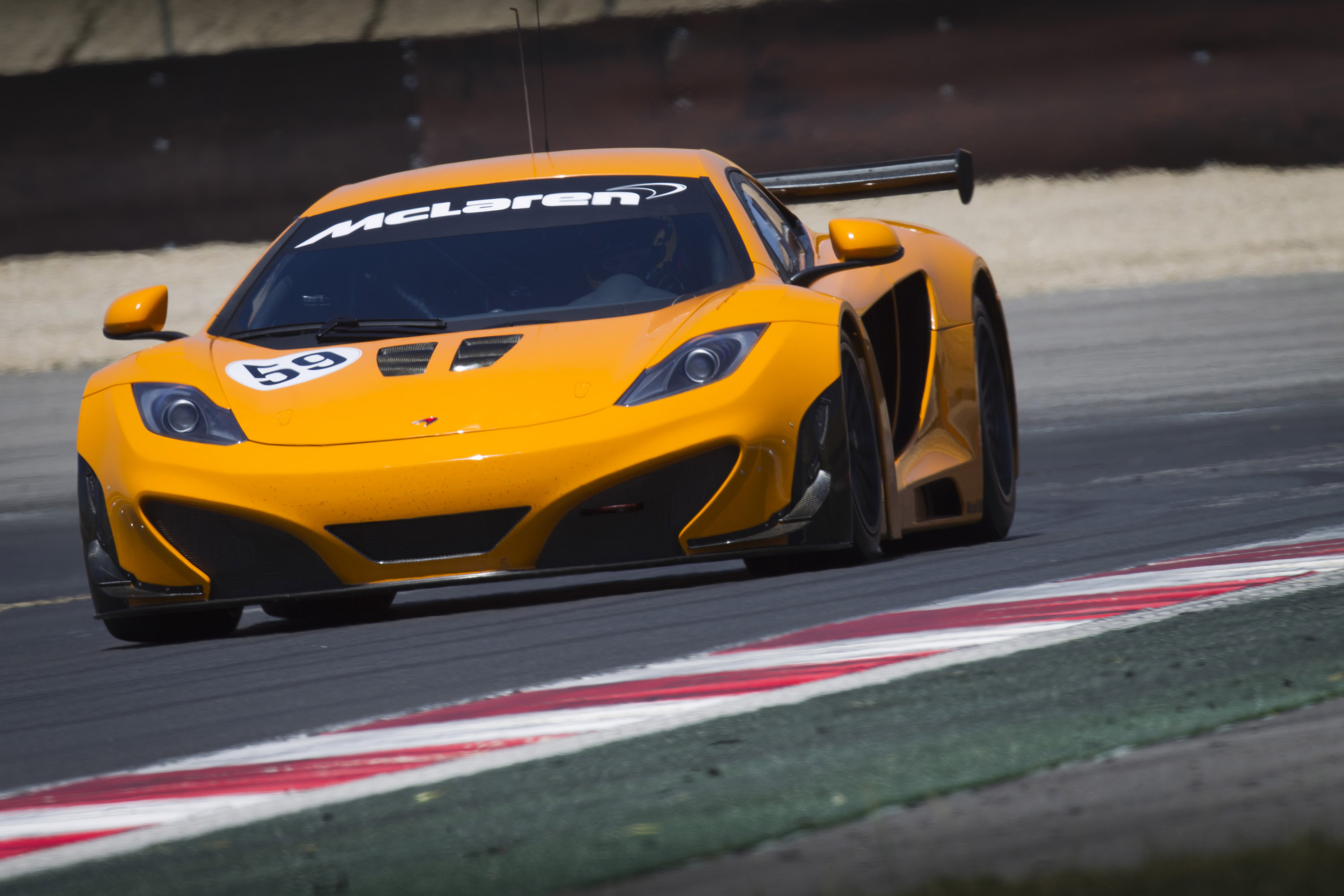 McLaren MP4-12C GT3 Race Car - Picture 56913