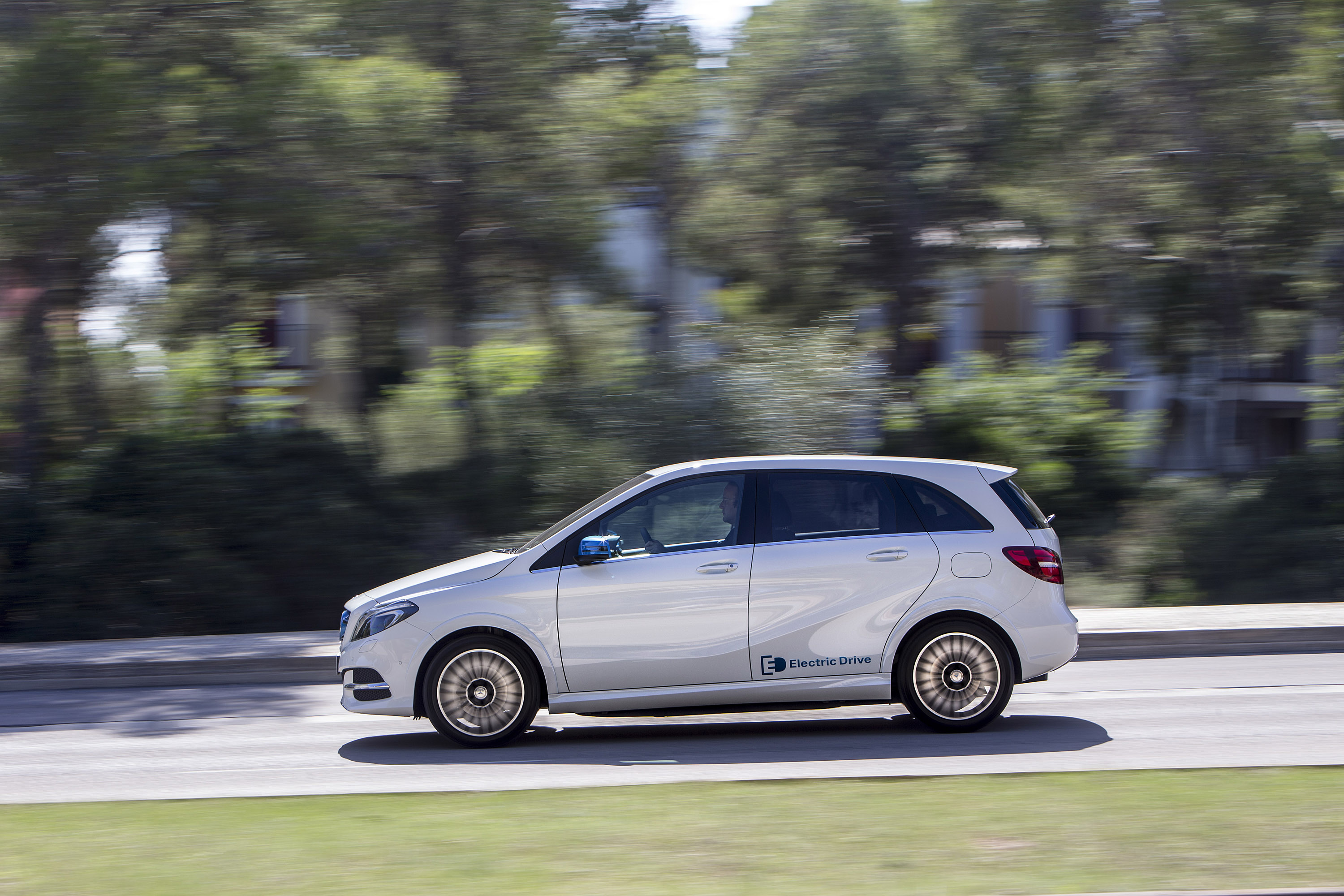 Mercedes benz b class electric drive opens for ordering for Mercedes benz b class electric