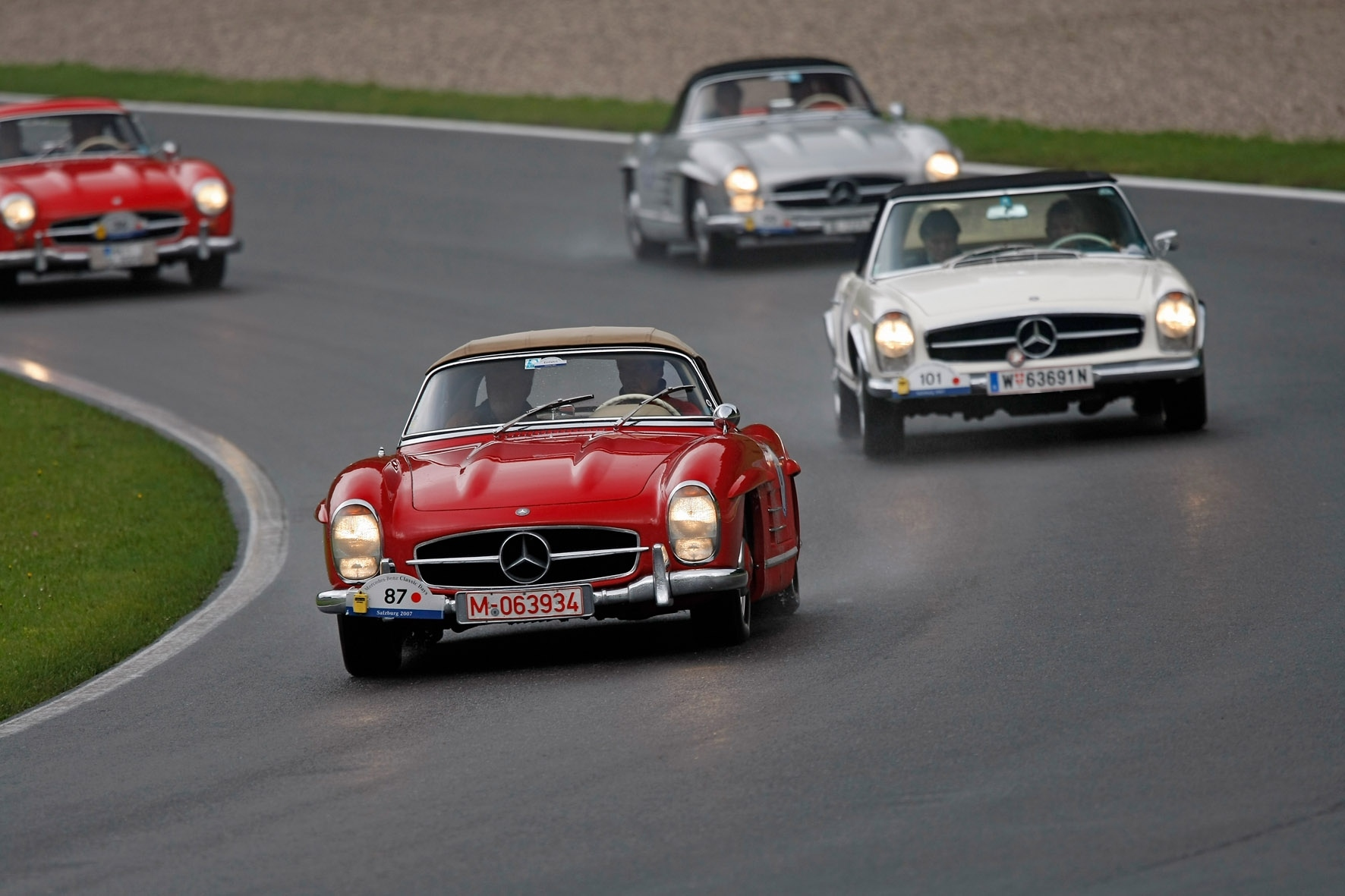 World\'s best classic cars on show at Mercedes-Benz world
