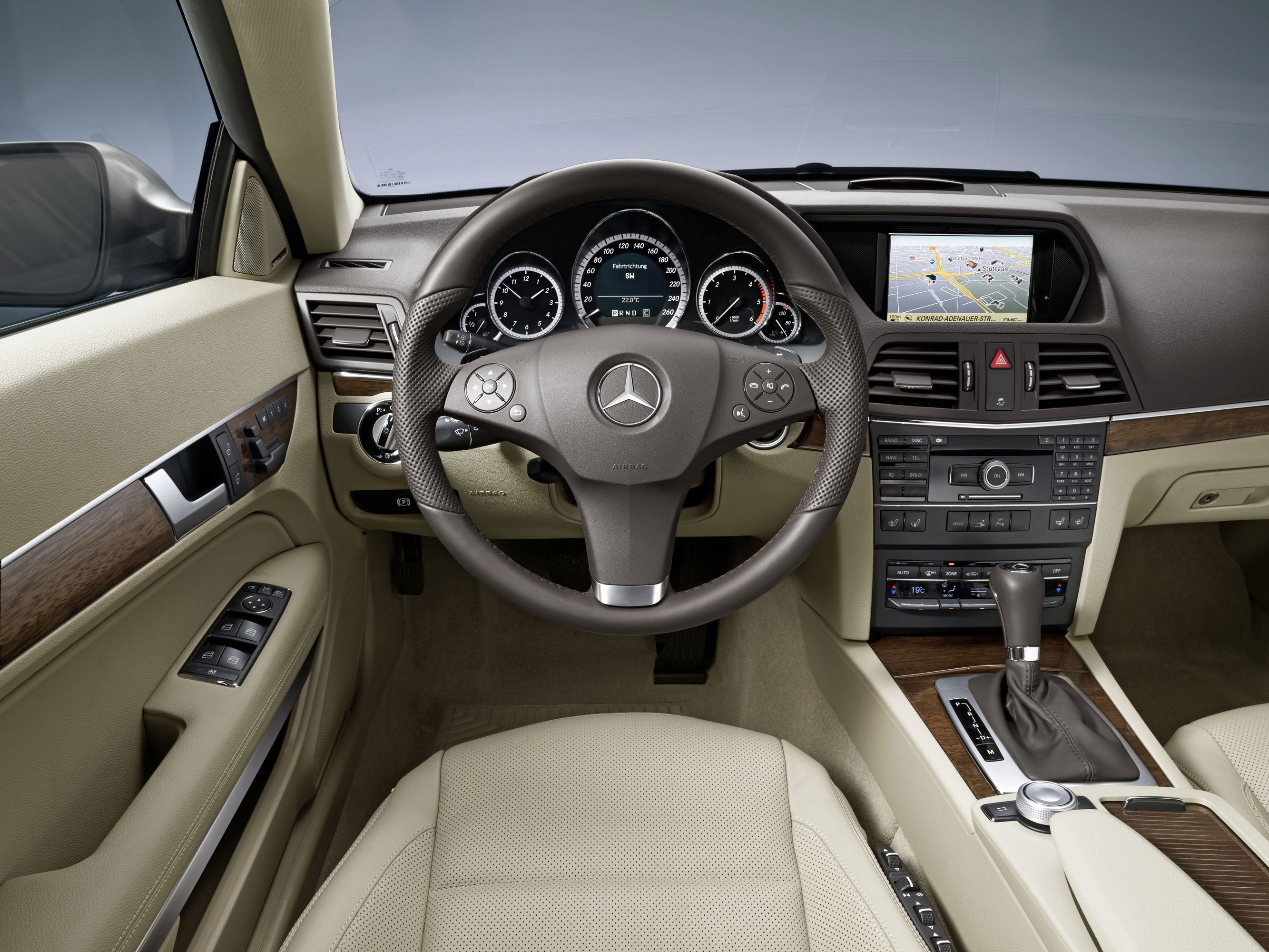 Mercedes-Benz E350 CDI Coupe - Picture 13088