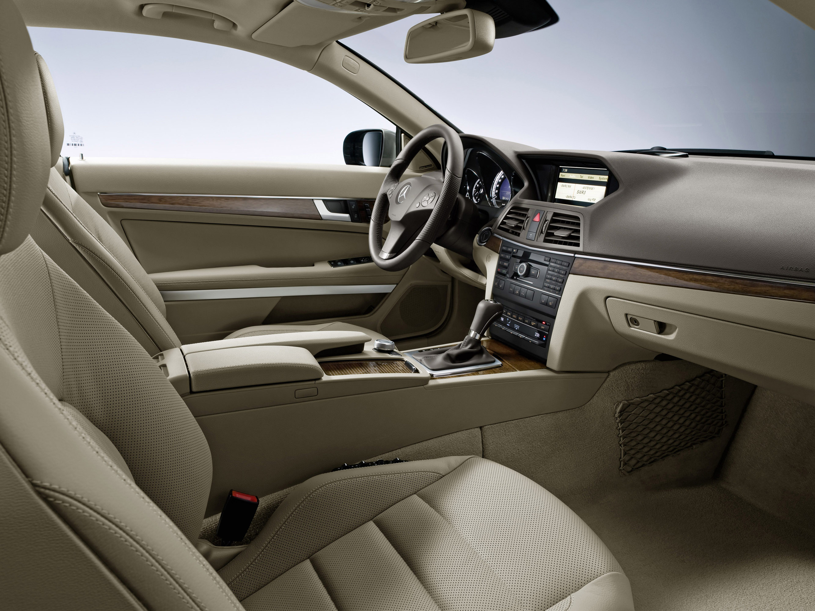 mercedes benz e350 cdi coupe picture 13089. Black Bedroom Furniture Sets. Home Design Ideas