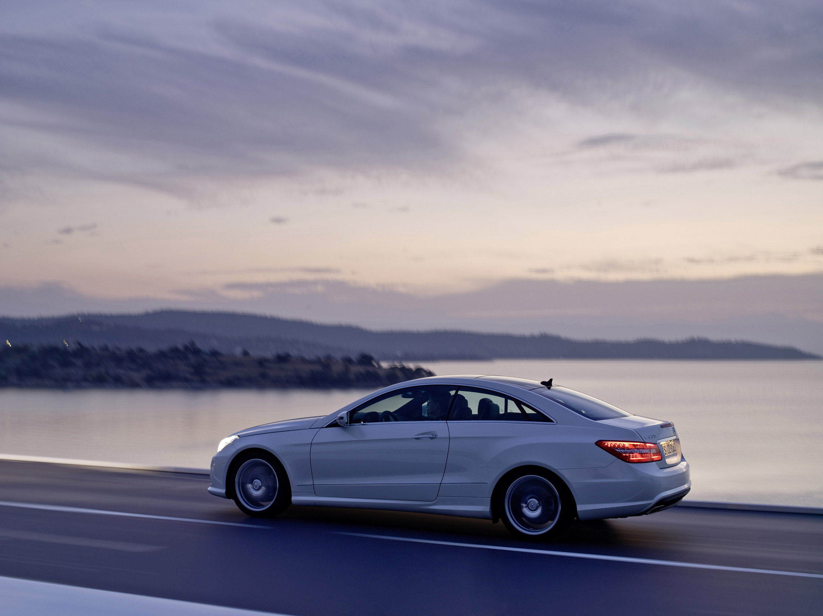 Mercedes Benz E500 Coupe With Amg Sports Pack Picture 13068