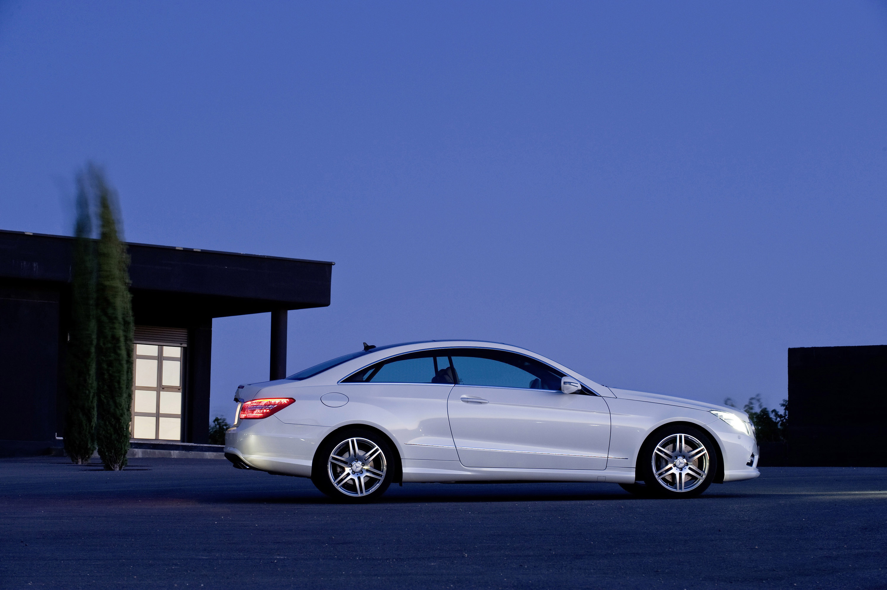 Mercedes benz e500 coupe with amg sports pack picture 13069 for Mercedes benz e500 coupe