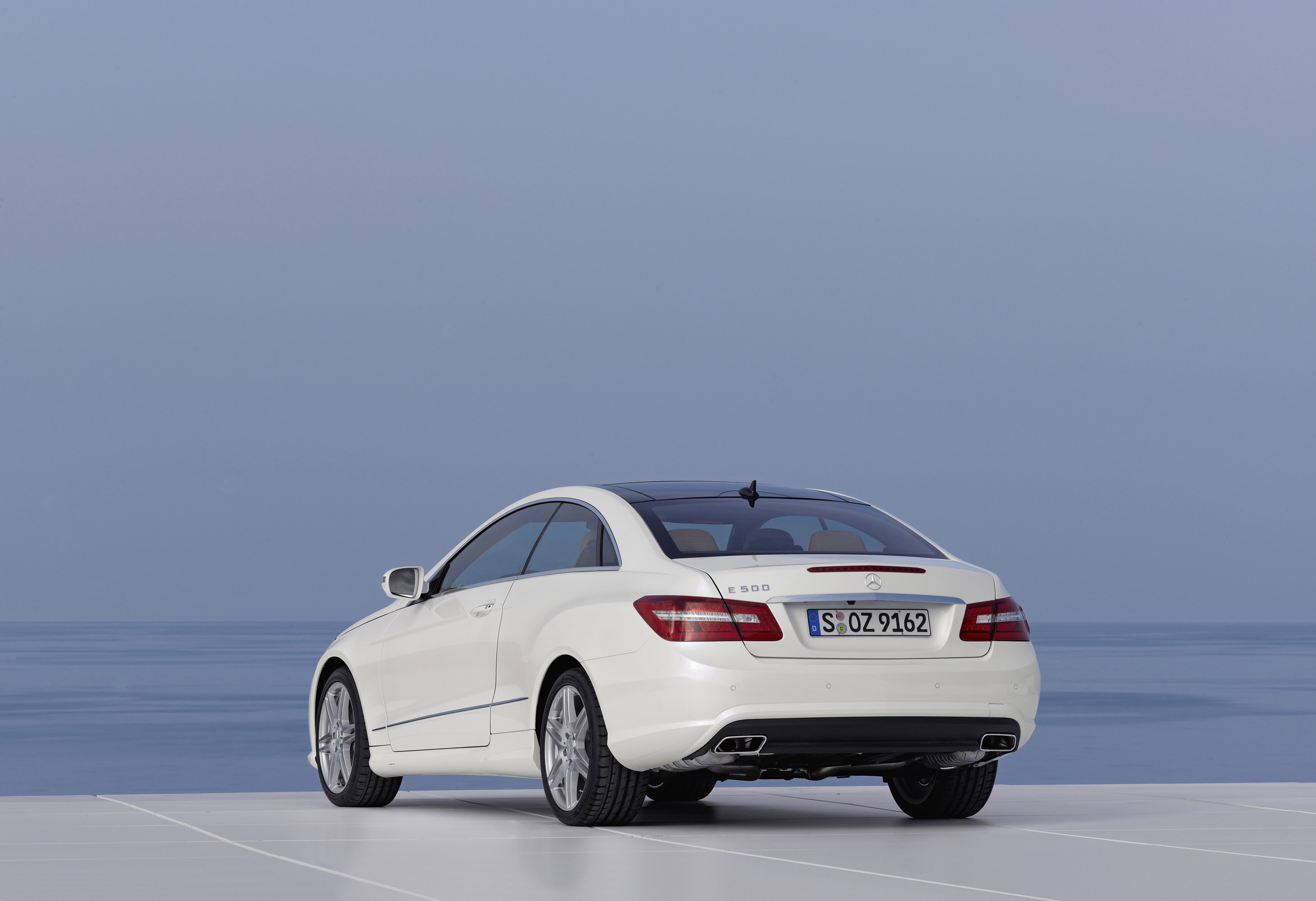 Mercedes Benz E500 Coupe With Amg Sports Pack Picture 13071