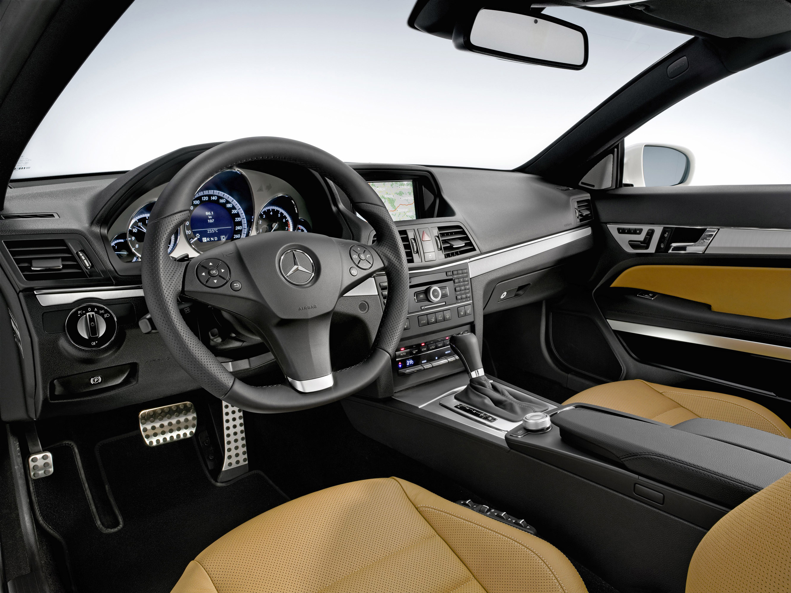 Mercedes Benz E500 Coupe With Amg Sports Pack Picture 13075