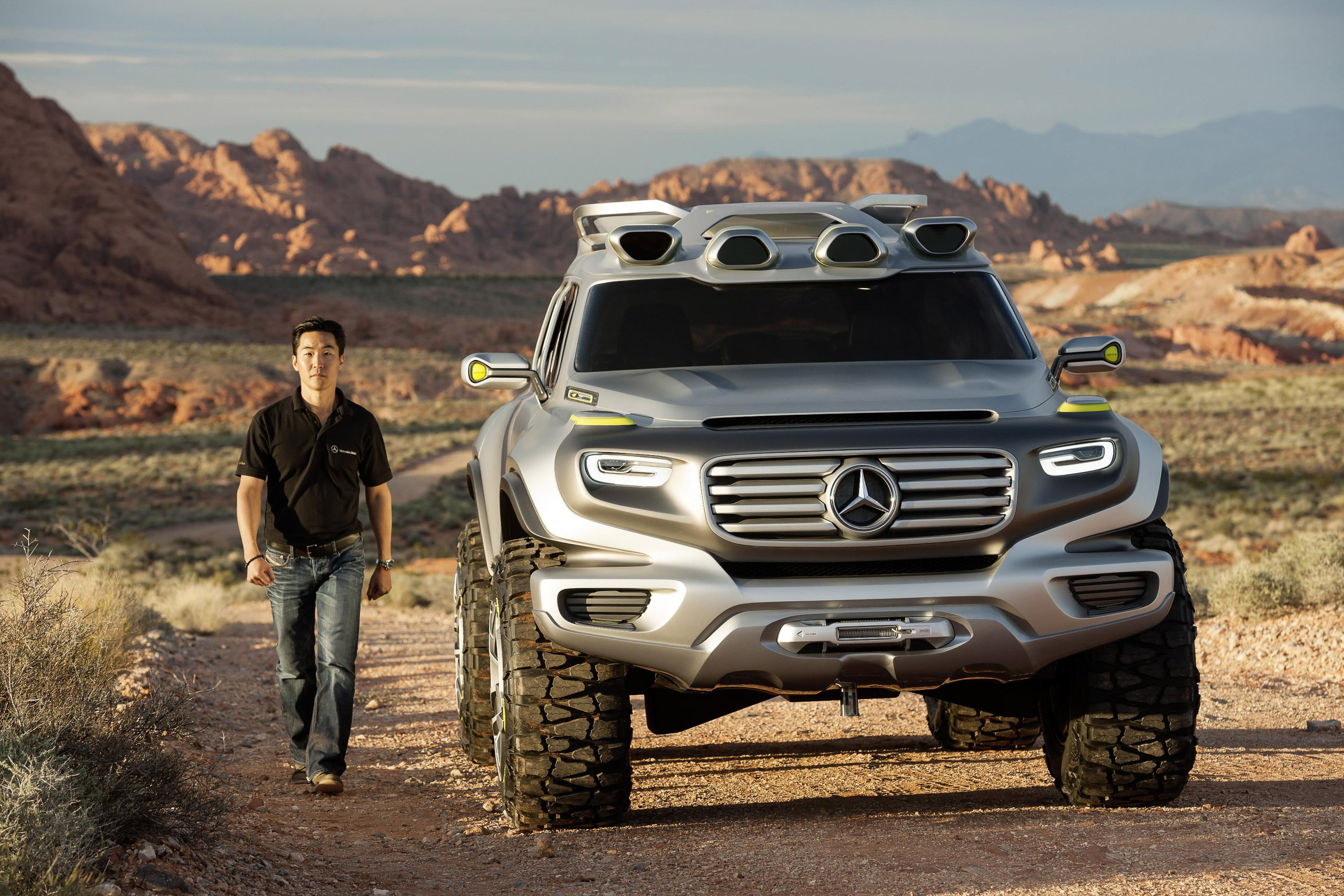 Mercedes benz ener g force concept takes part in los for Mercedes benz in la