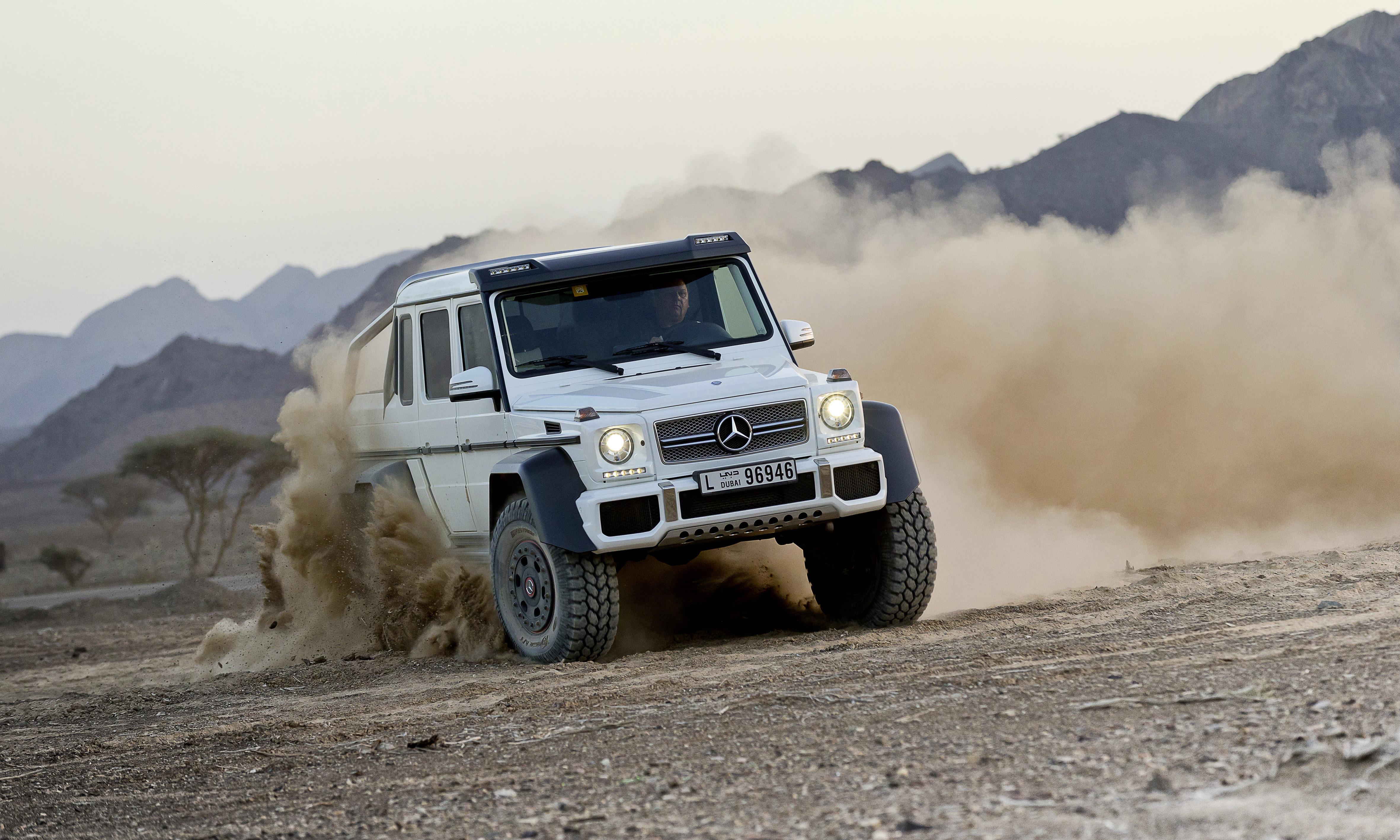 Mercedes benz g 63 amg 6x6 near series show vehicle for Mercedes benz of warwick